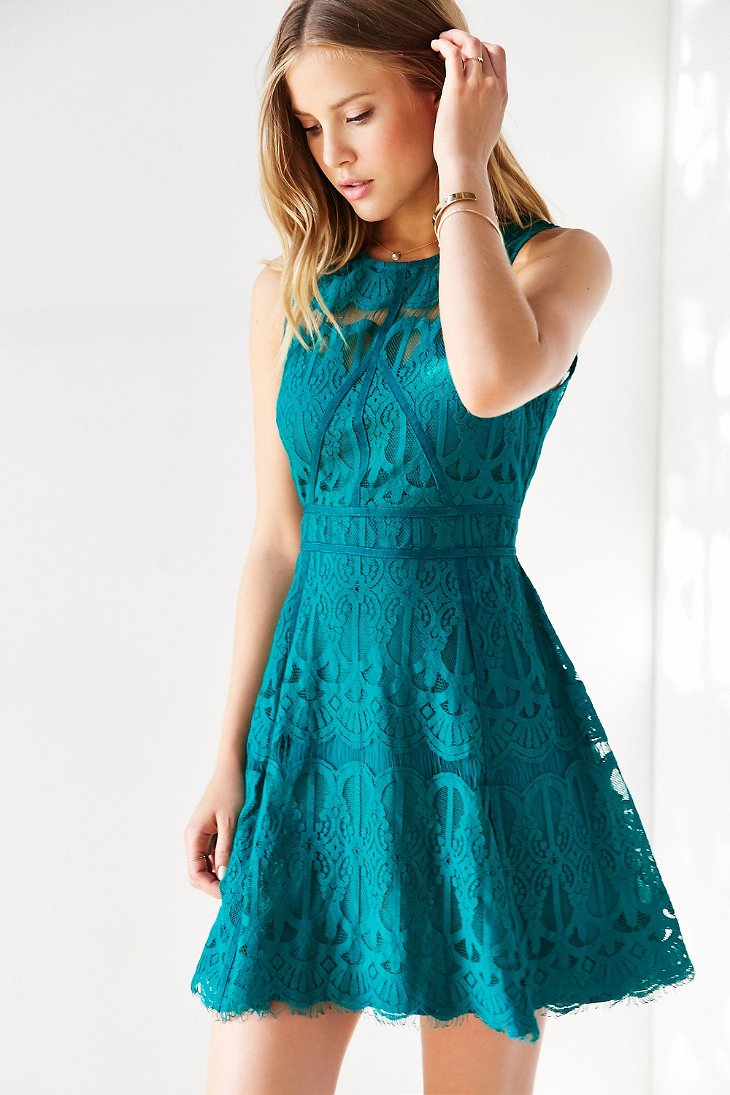 Lyst - Chandi & Lia Lace Fit + Flare Dress in Green