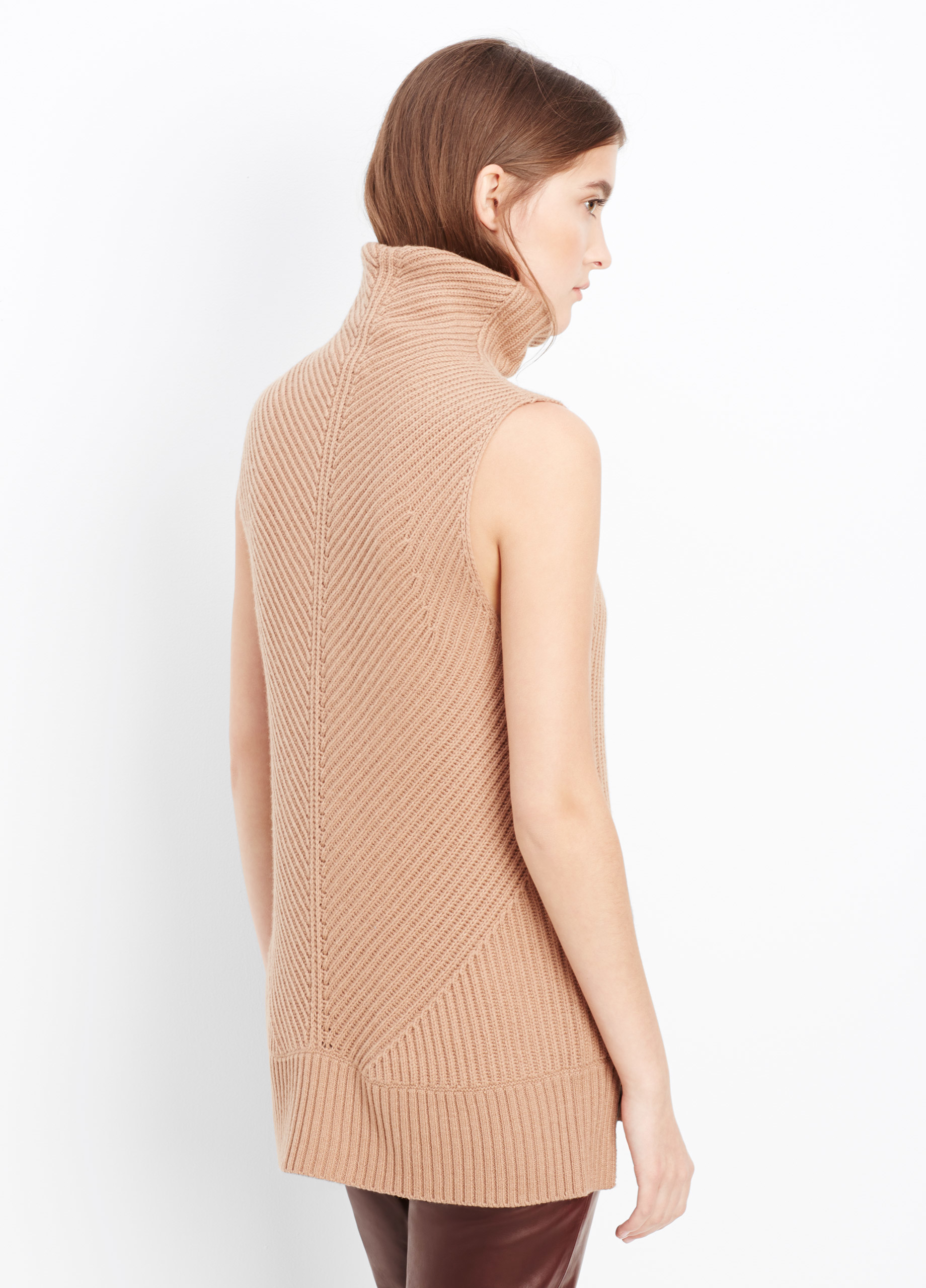 Vince Directional Rib Sleeveless Turtleneck Sweater in Brown | Lyst