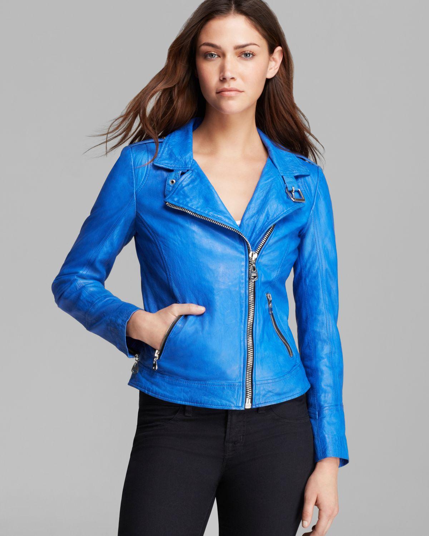 Фото женских синих кожаных куртках