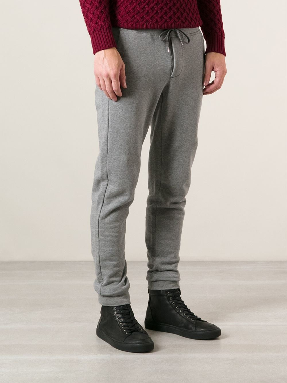 Trending: Men's Joggers & Tapered Pants Men's joggers are an athletic essential. These ultra-comfortable, tapered-bottom pants go where your day takes you, from the weight room to the track and anywhere in between.