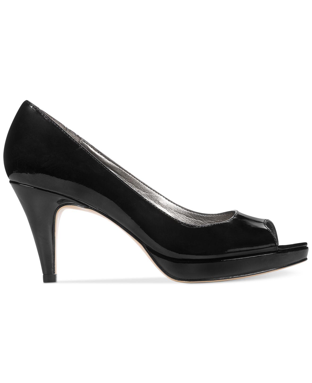 e396dadf8b53 Lyst - Bandolino Mylah Peep Toe Pumps in Black