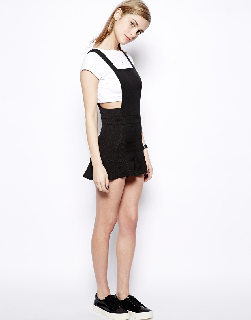 a9bf51c64e00 Lyst - Pull Bear Pinafore Style Playsuit in Black