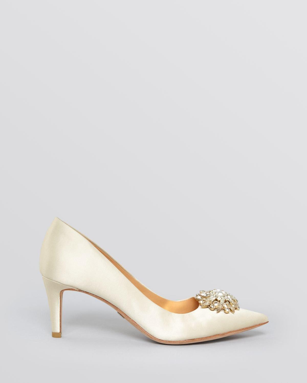 d6a4dd6dab1a Lyst - Badgley Mischka Pointed Toe Evening Pumps - Gardenia Mid Heel ...