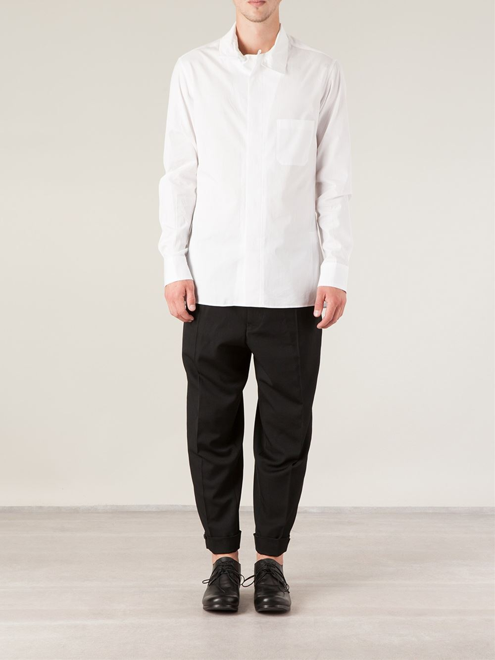 Yohji yamamoto Pleated Tapered Trousers in Black for Men | Lyst