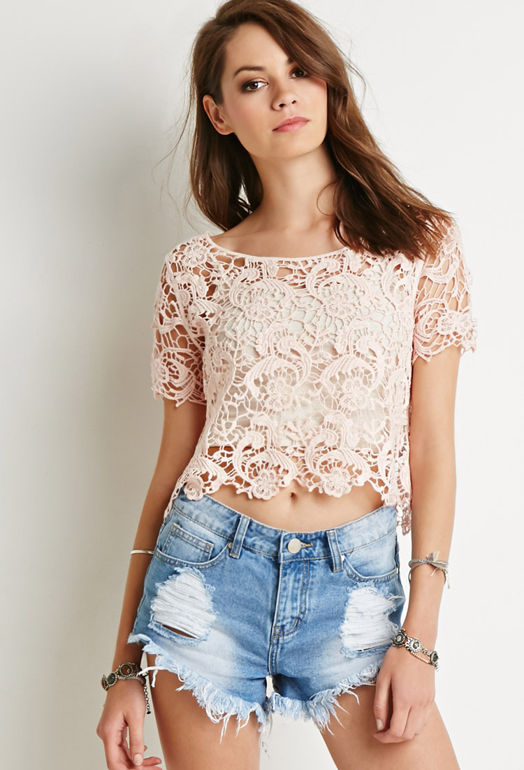 e44a17b94566a Lyst - Forever 21 Floral Crochet Boxy Top in Pink