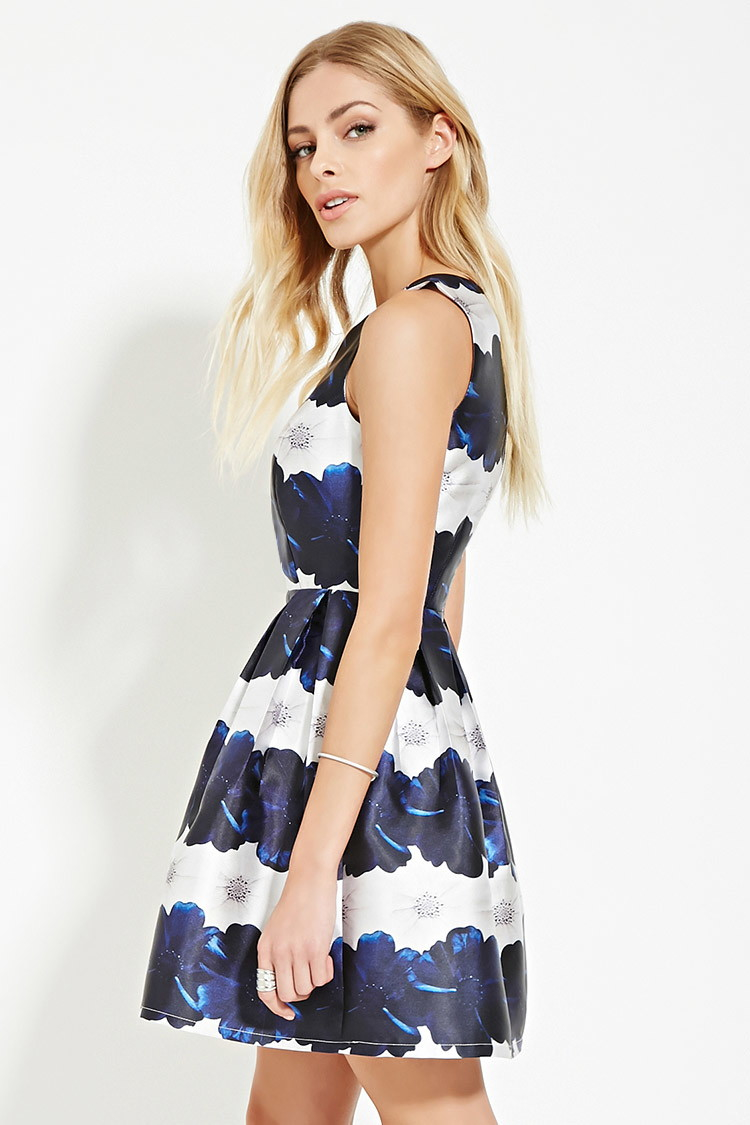 Blue and white floral dress forever 21
