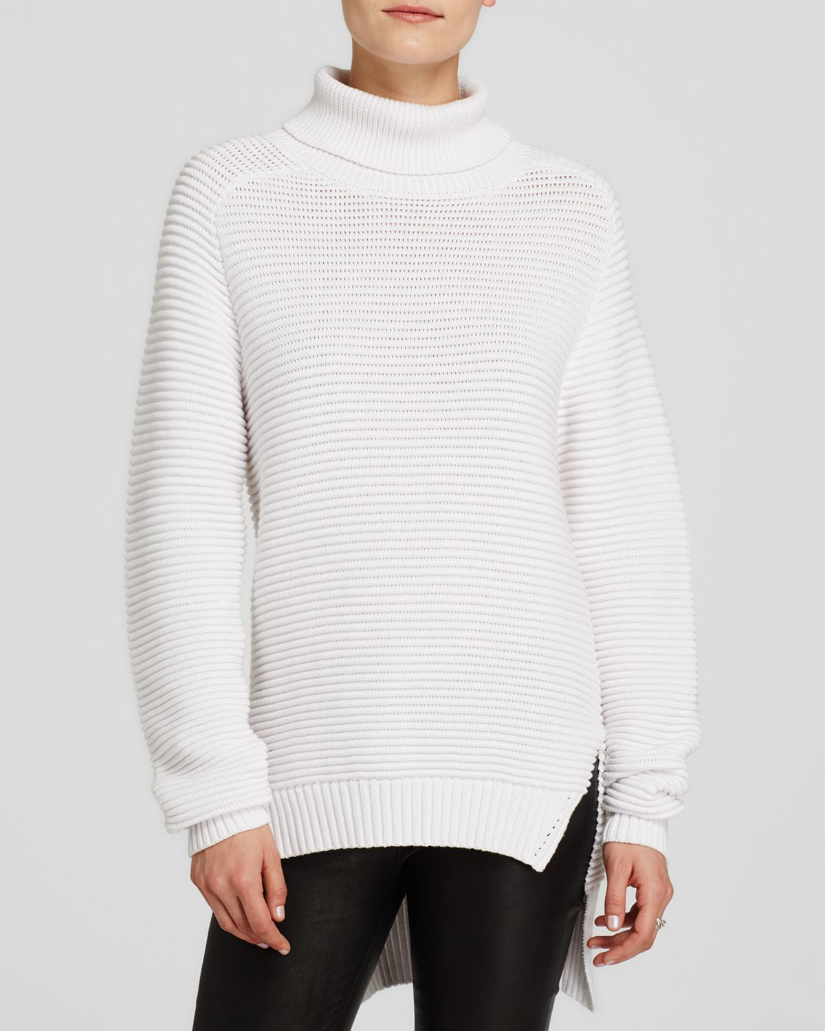 Our Mens Wool Turtleneck Sweater, add a classic look to a man wardrobe. This Fisherman Sweater has an Aran Honeycomb design and available in 4 color including traditional Aran White Wool.