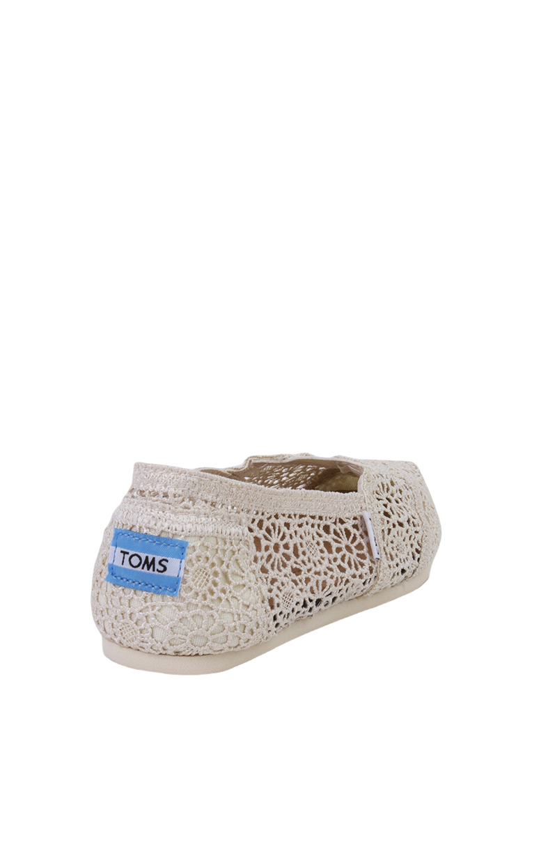 88ea78e2846 Lyst - TOMS Women s Classic Natural Morocco Crochet Slip Ons in Natural