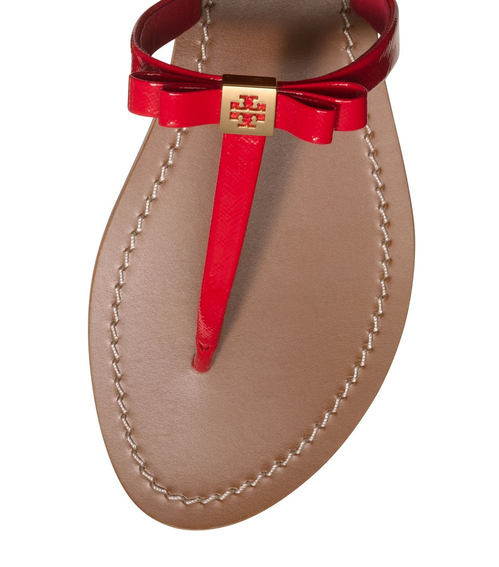 c971c76795e Lyst - Tory Burch Leighanne Patent Flat Thong Sandal in Red