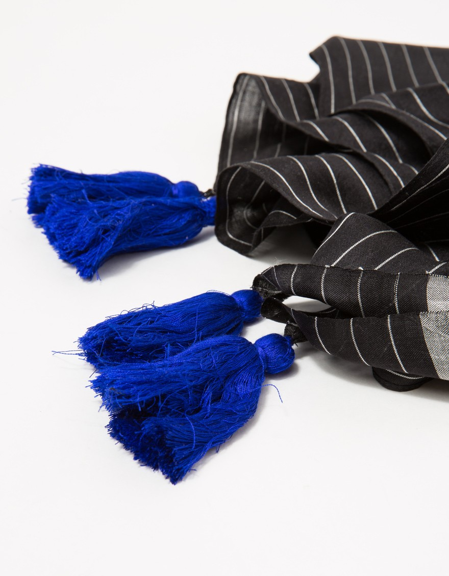 a peace treaty tomsa scarf in black lyst