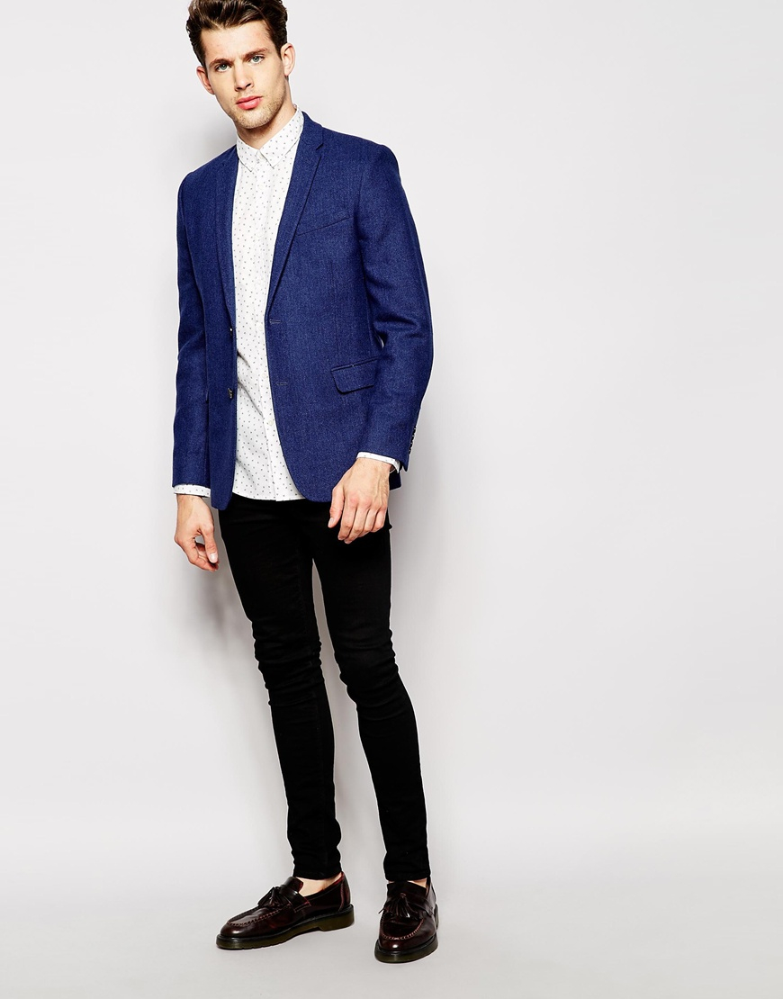 Men's Slim Fit Suits Versatile and modern, a men's slim fit suit is perfect for every formal occasion, whether in the office, a wedding or summer ball or party. If you're unsure on shirt and tie combinations go for one of our boxed men's shirt and tie sets.