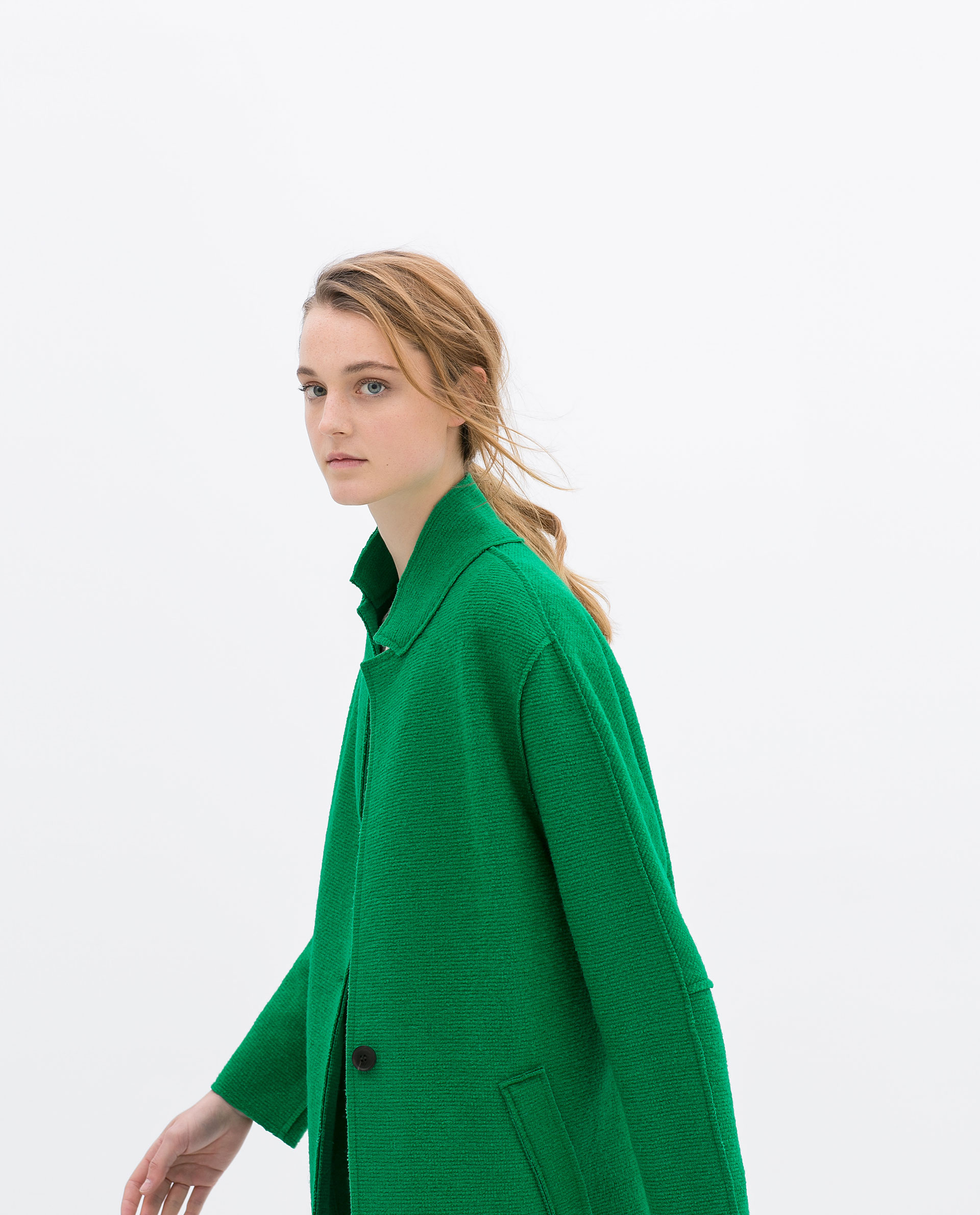 Wool coat green – Modern fashion jacket photo blog