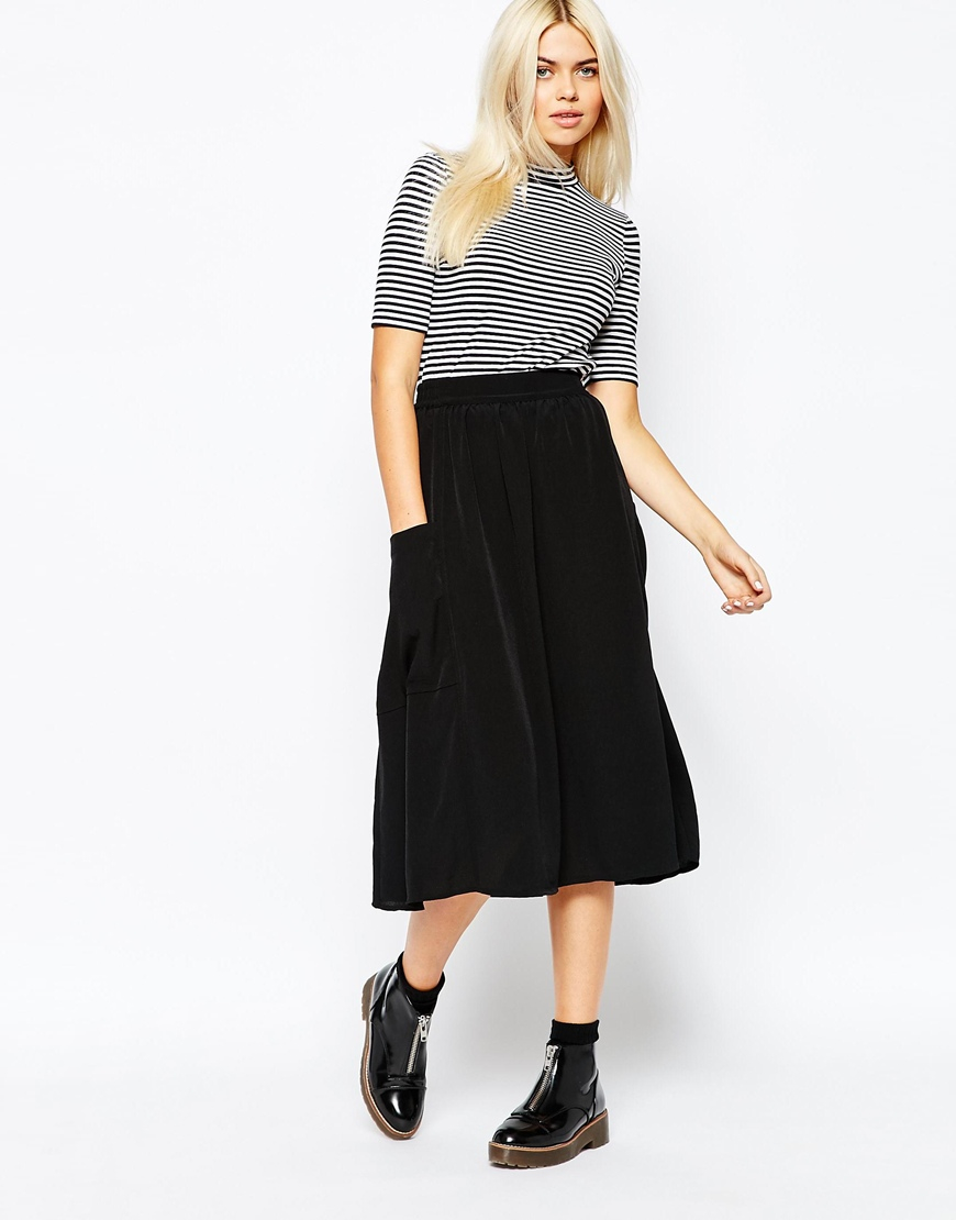 Monki Midi Skirt With Pocket Detail in Black | Lyst