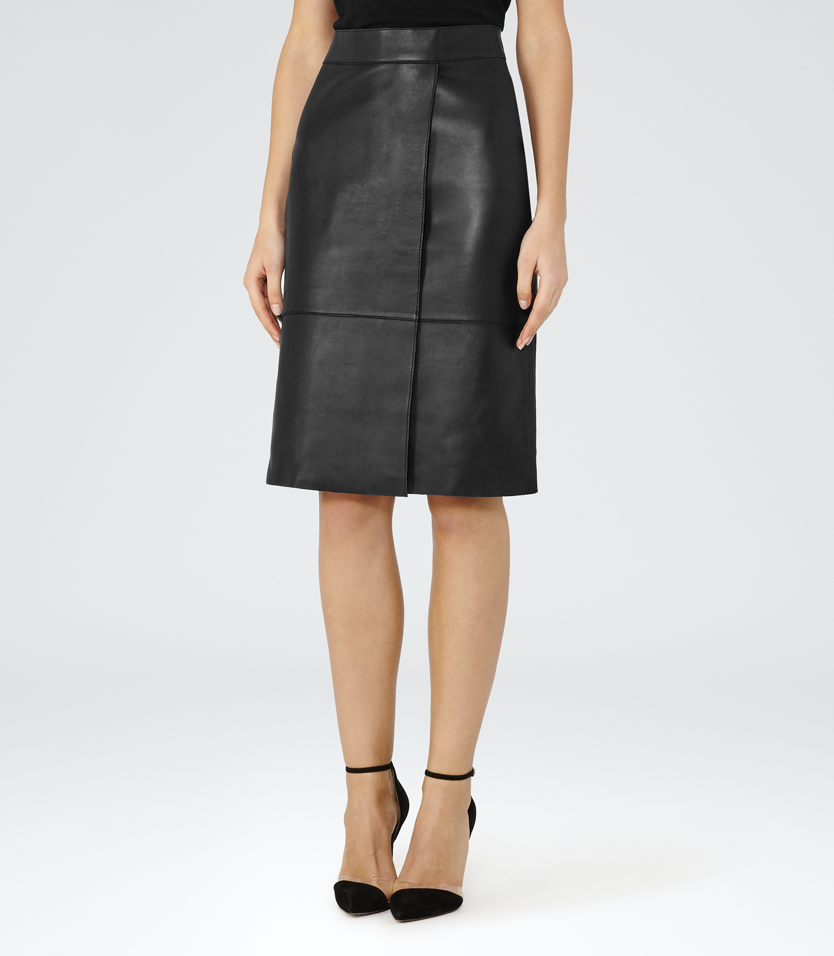 a8abe79bde Reiss Feather Bonded Leather Skirt in Black - Lyst