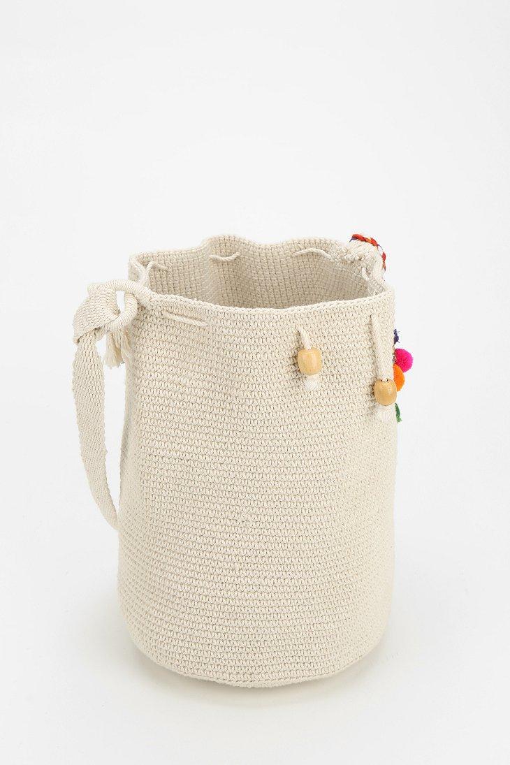 Stela 9 Crochet Beach Bucket Bag in Natural | Lyst