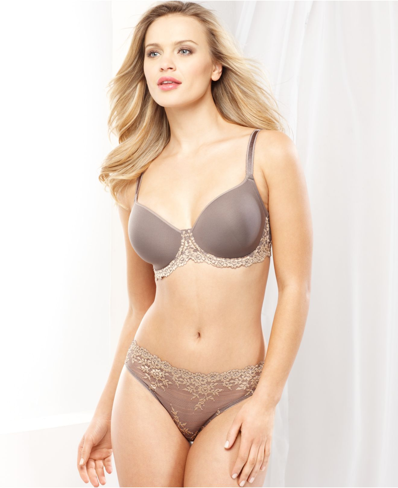 Wacoal Embrace Lace Contour Bra 853191 in Brown