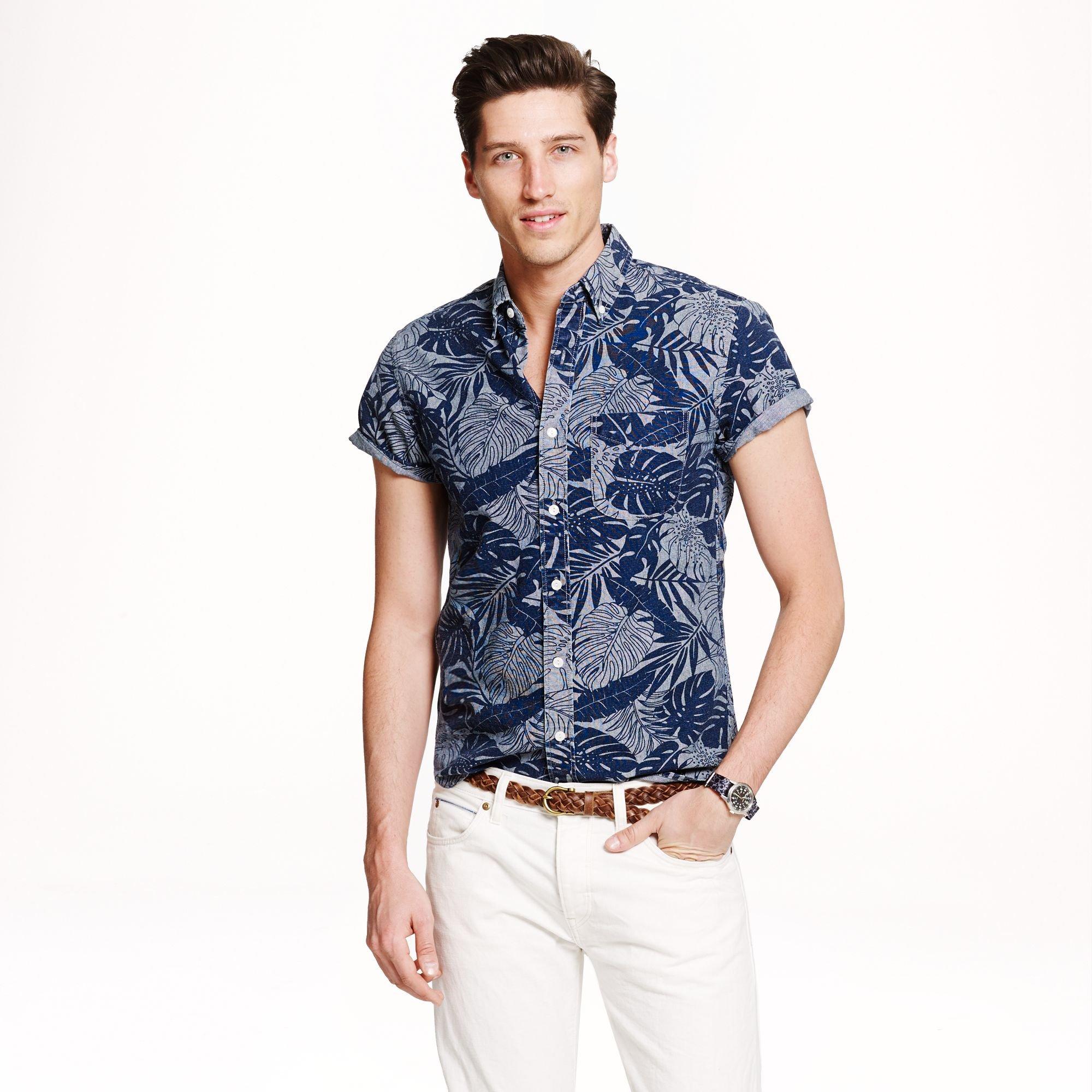 Shortsleeve Chambray Shirt In Printed Chambray In