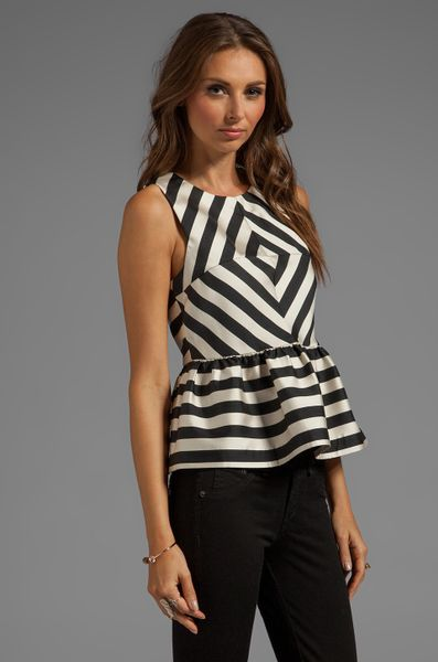 Dolce Vita Lysia Silky Stripes Top in Black in White (Black & White)