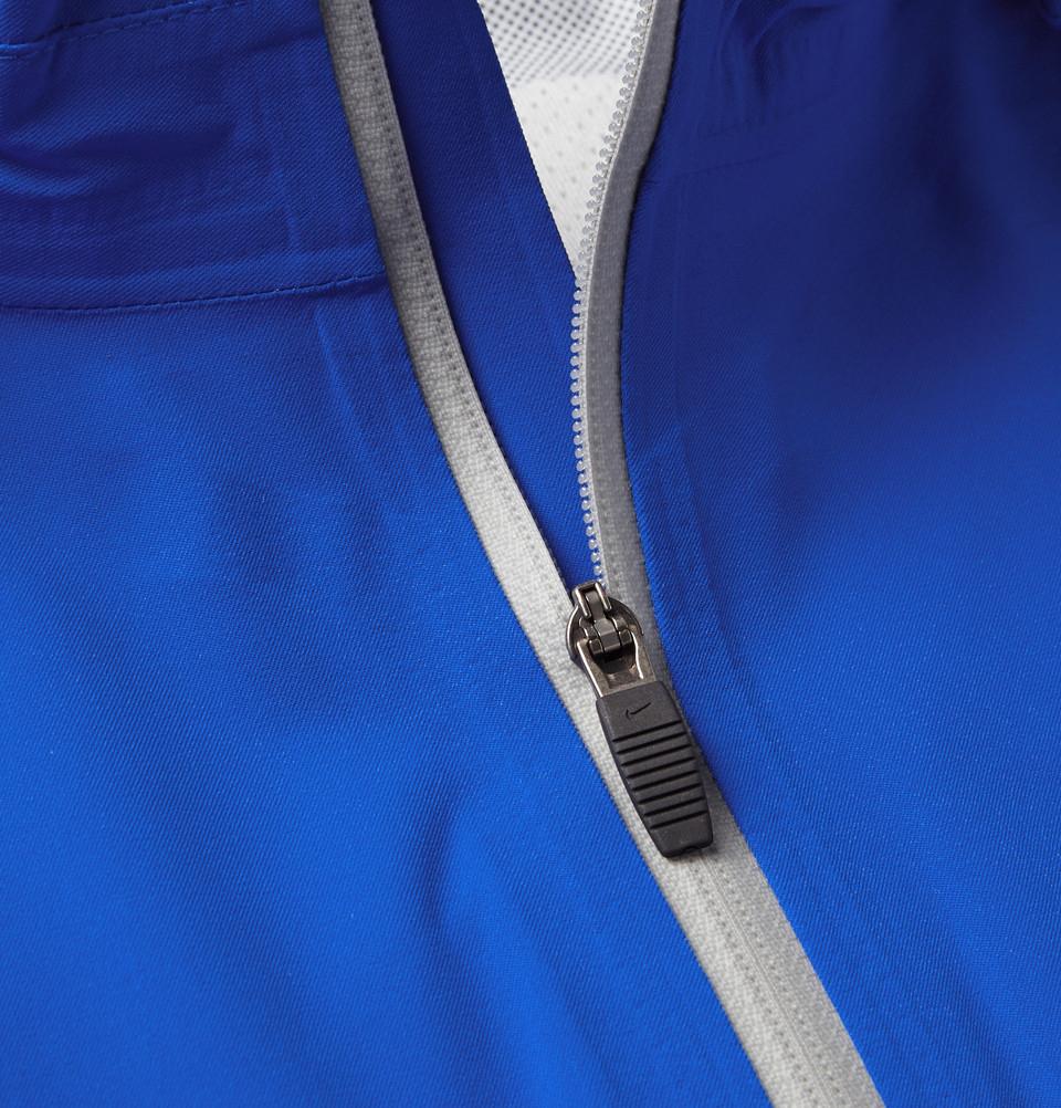Nike Rain Runner Hooded Shell Running Jacket In Blue For