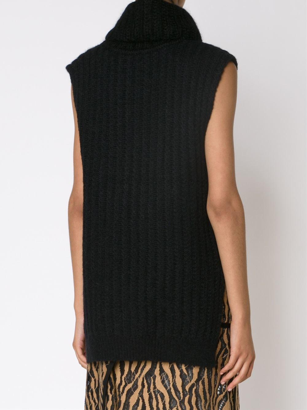 Black Sleeveless Sweater 101