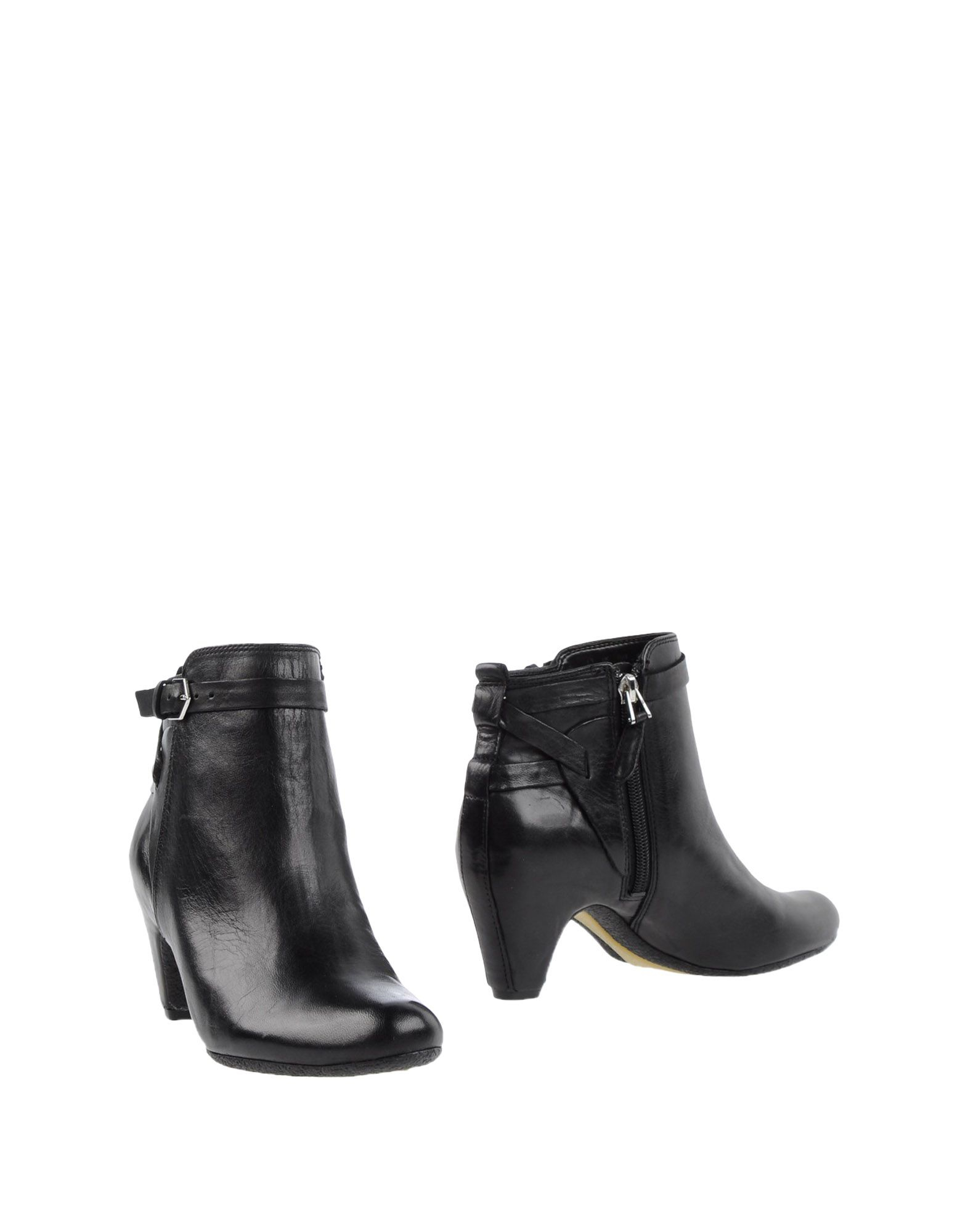 d4866217d29925 Lyst - Sam Edelman Ankle Boots in Black