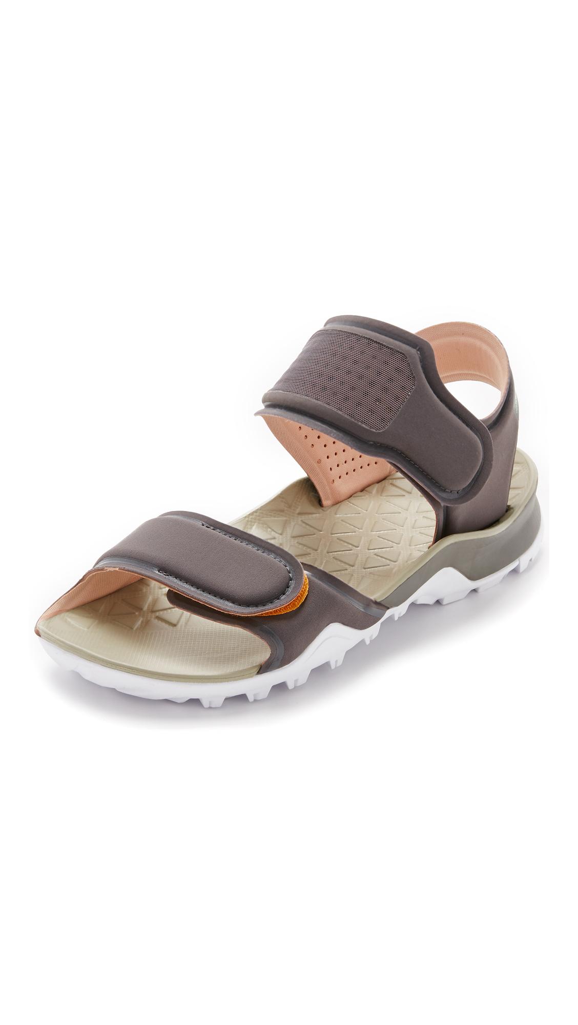 Adidas da stella mccartney hikira sandali in grigio lyst