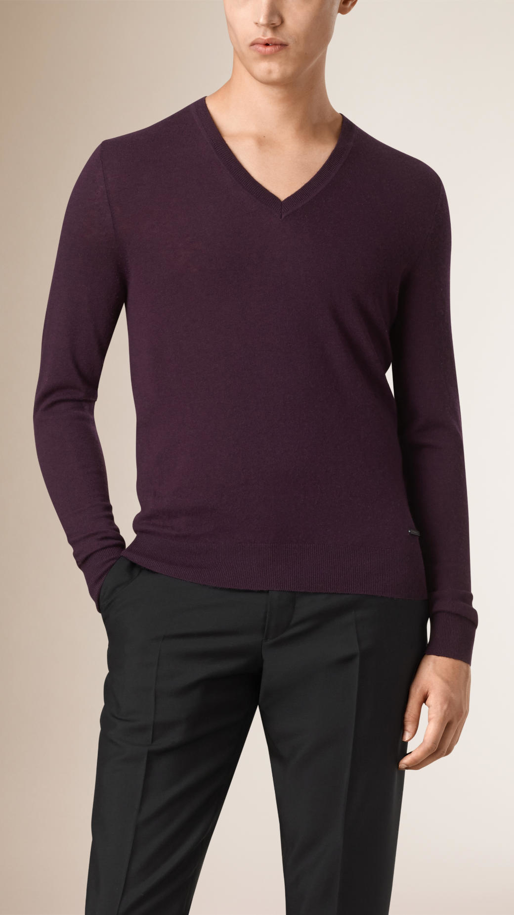 Burberry Cashmere V-neck Sweater Burgundy Black in Purple for Men ...