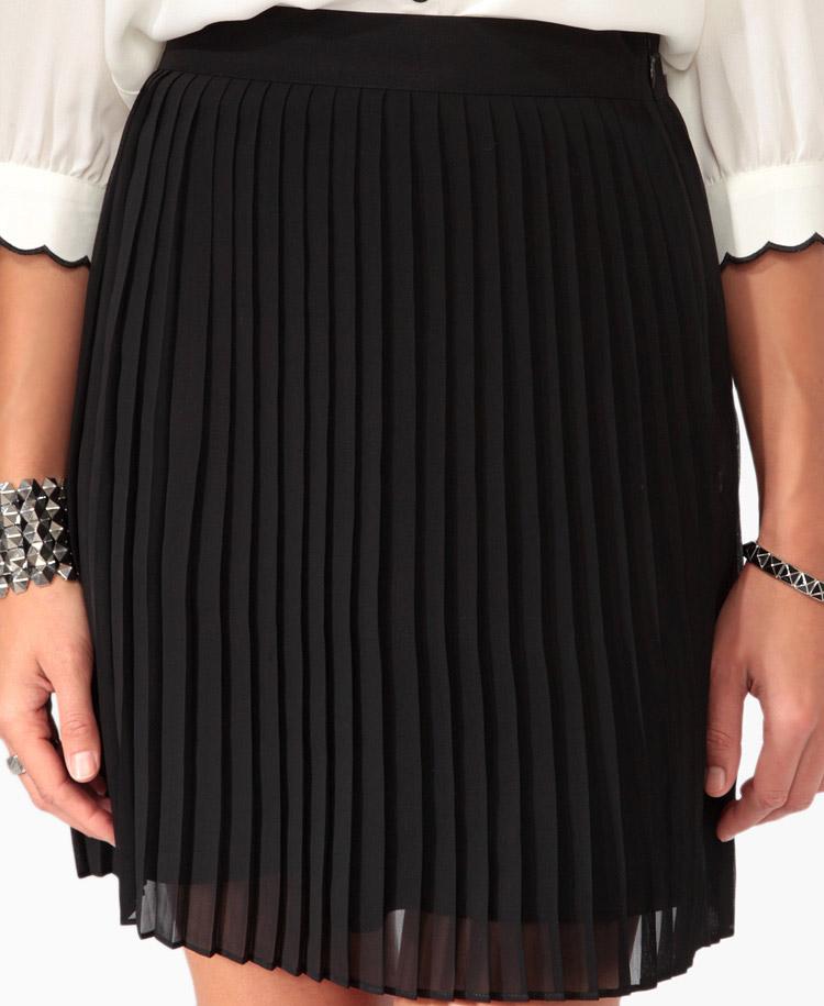 Forever 21 Knife Pleated Skirt in Black