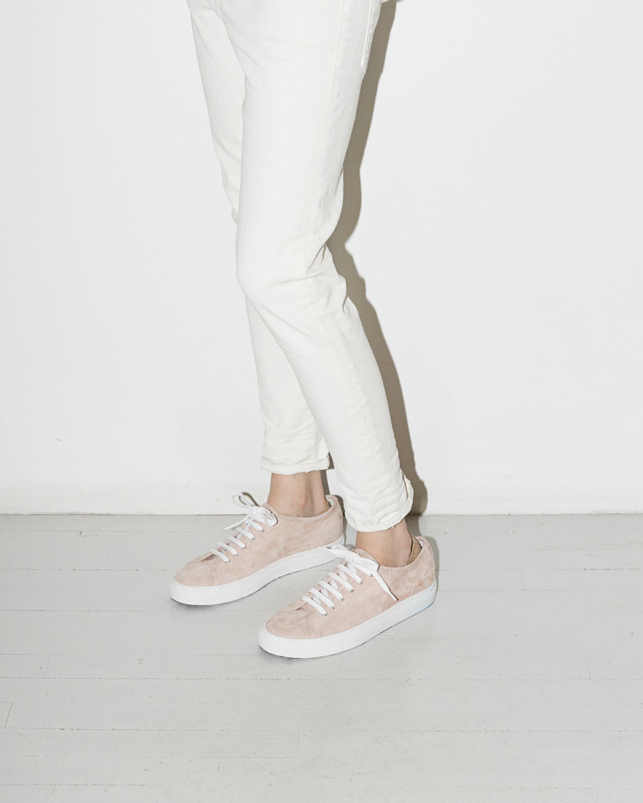 WOMAN BY COMMON PROJECTS Shearling Tournament Low Sneakers Cheap Store U55GMPMfx