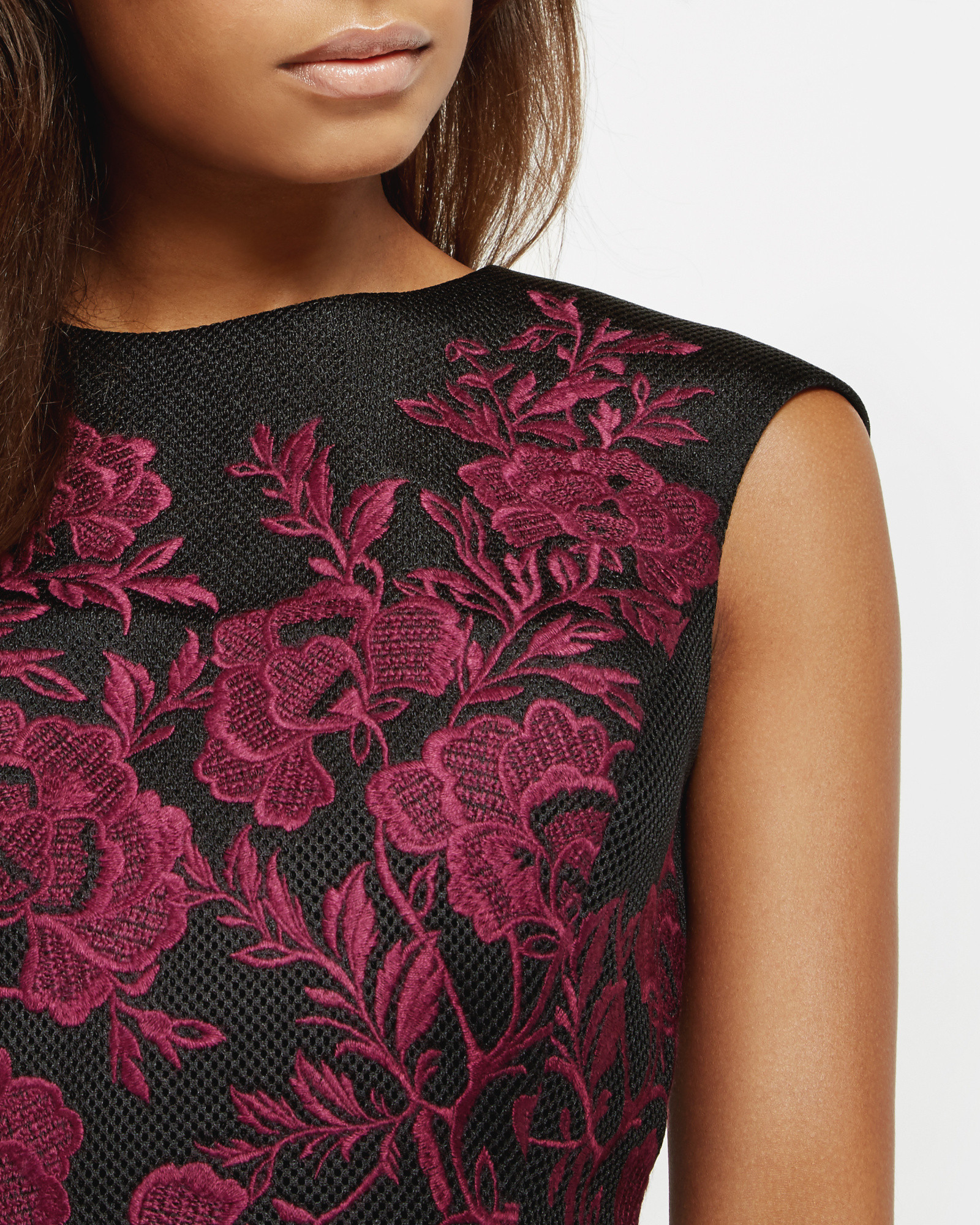 7634d8e074bc1 Ted Baker Embroidered Mesh Lace Cropped Top in Red - Lyst