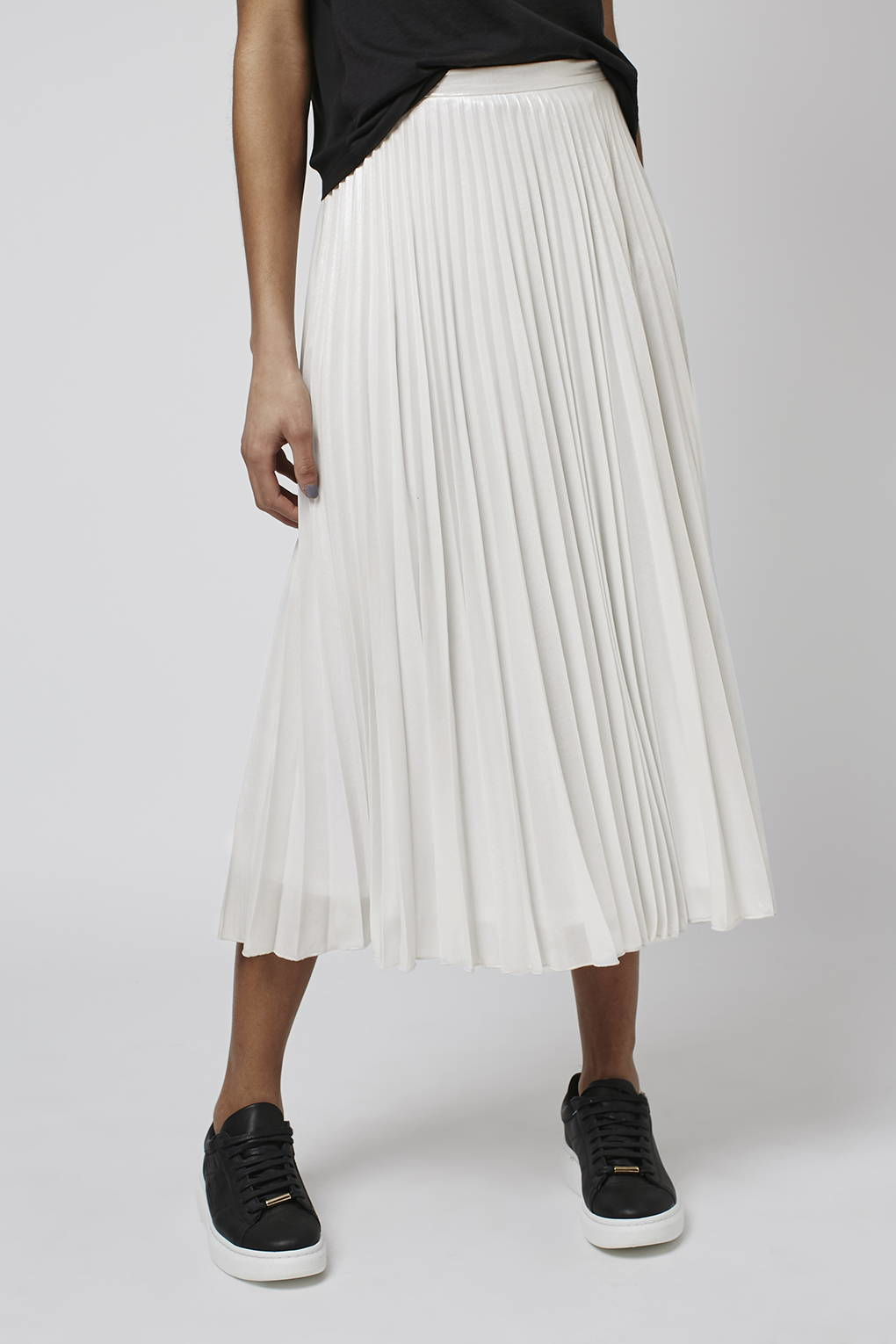 b97703a93 TOPSHOP Iridescent Pleat Skirt in White - Lyst