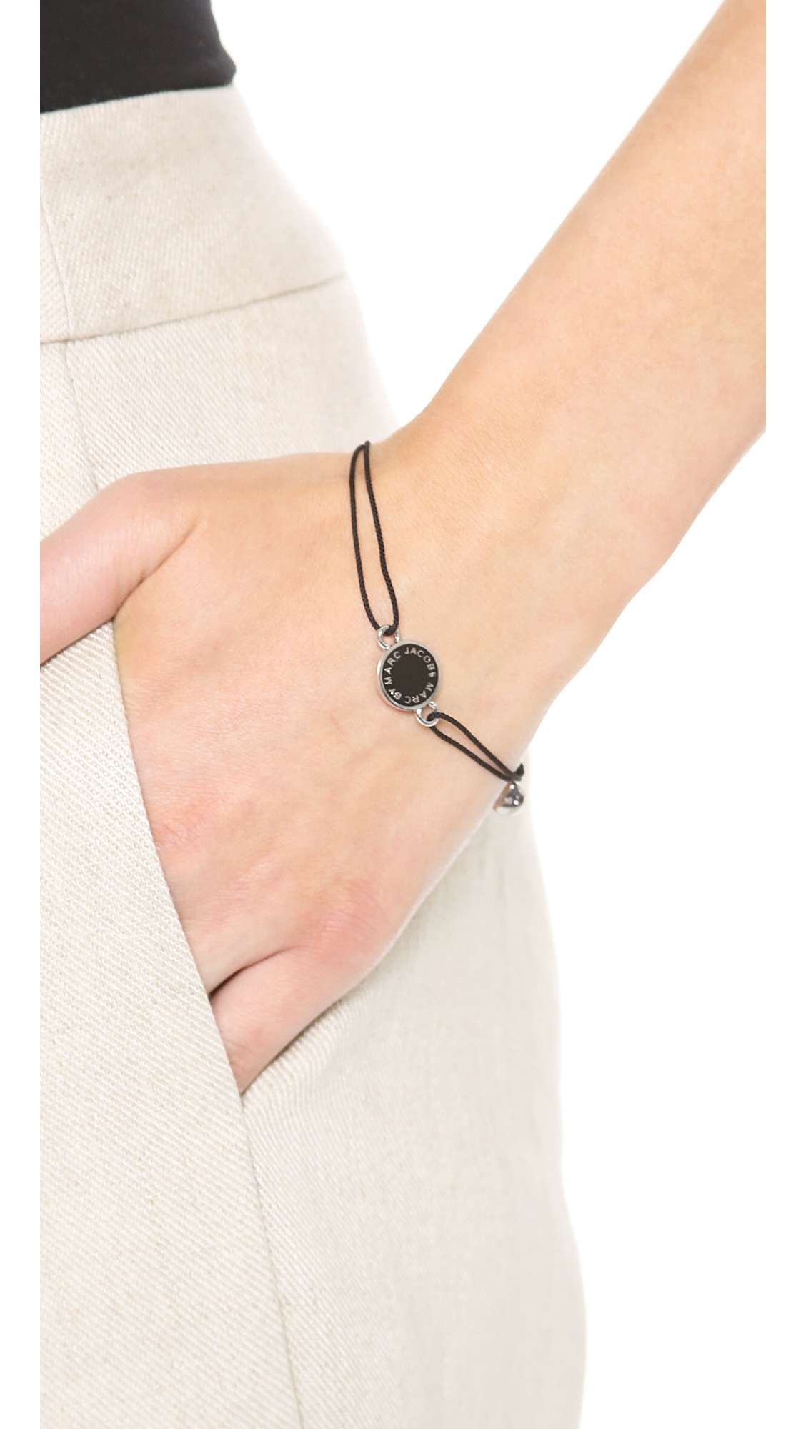 Marc Jacobs enamel logo disk bracelet - Black zKPbfgBFeI