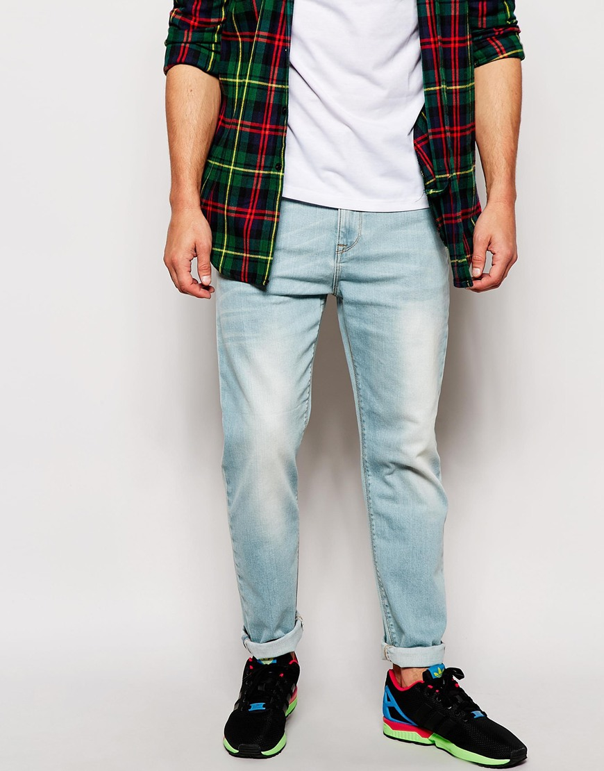 Asos Relaxed Tapered Jeans In Light Wash in Blue for Men | Lyst