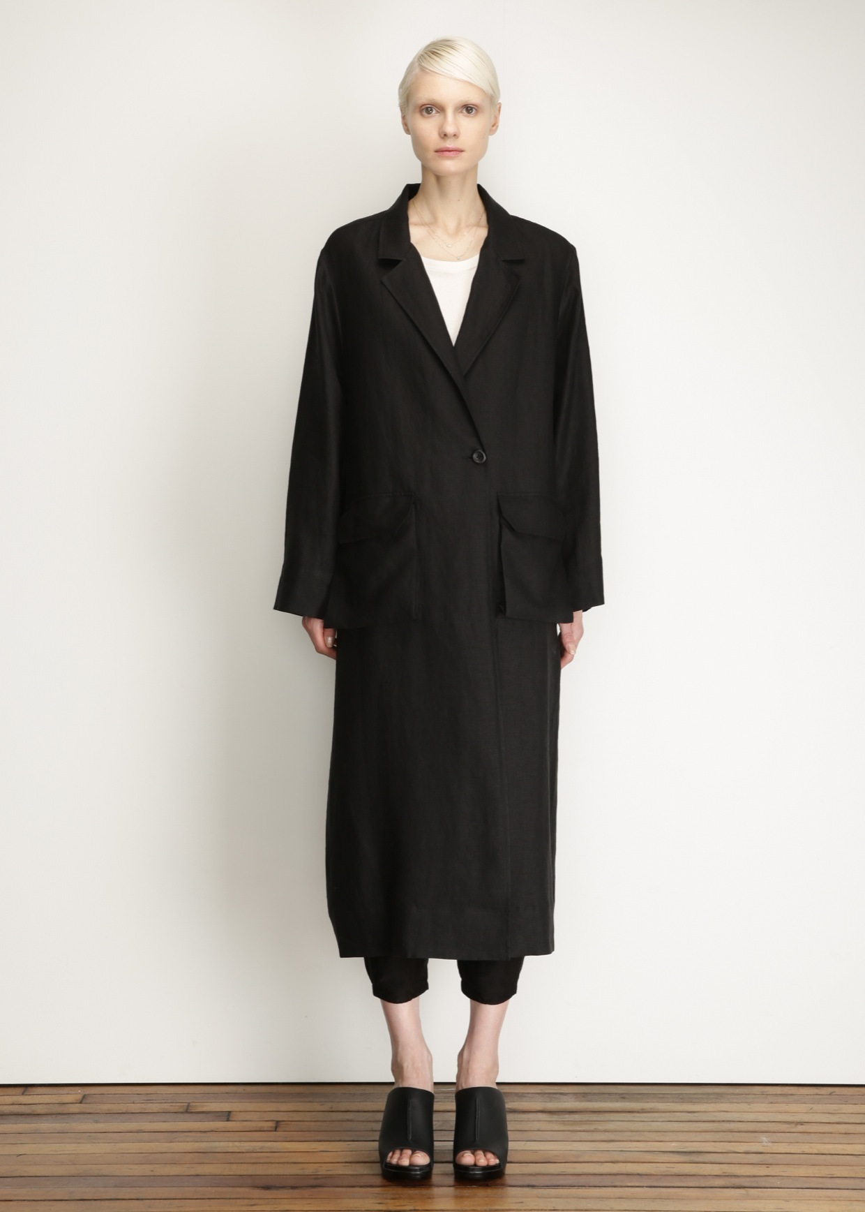 Free Shipping For Cheap Collections Cheap Online Raquel Allegra robe coat Amazing Price For Sale Cheap Sale With Credit Card Clearance New Styles 4fFcI