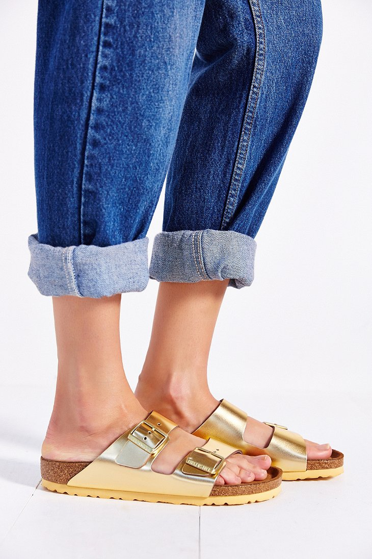 e66caa84eb9c Lyst - Birkenstock Arizona Soft Footbed Gold Metallic Slide Sandal ...
