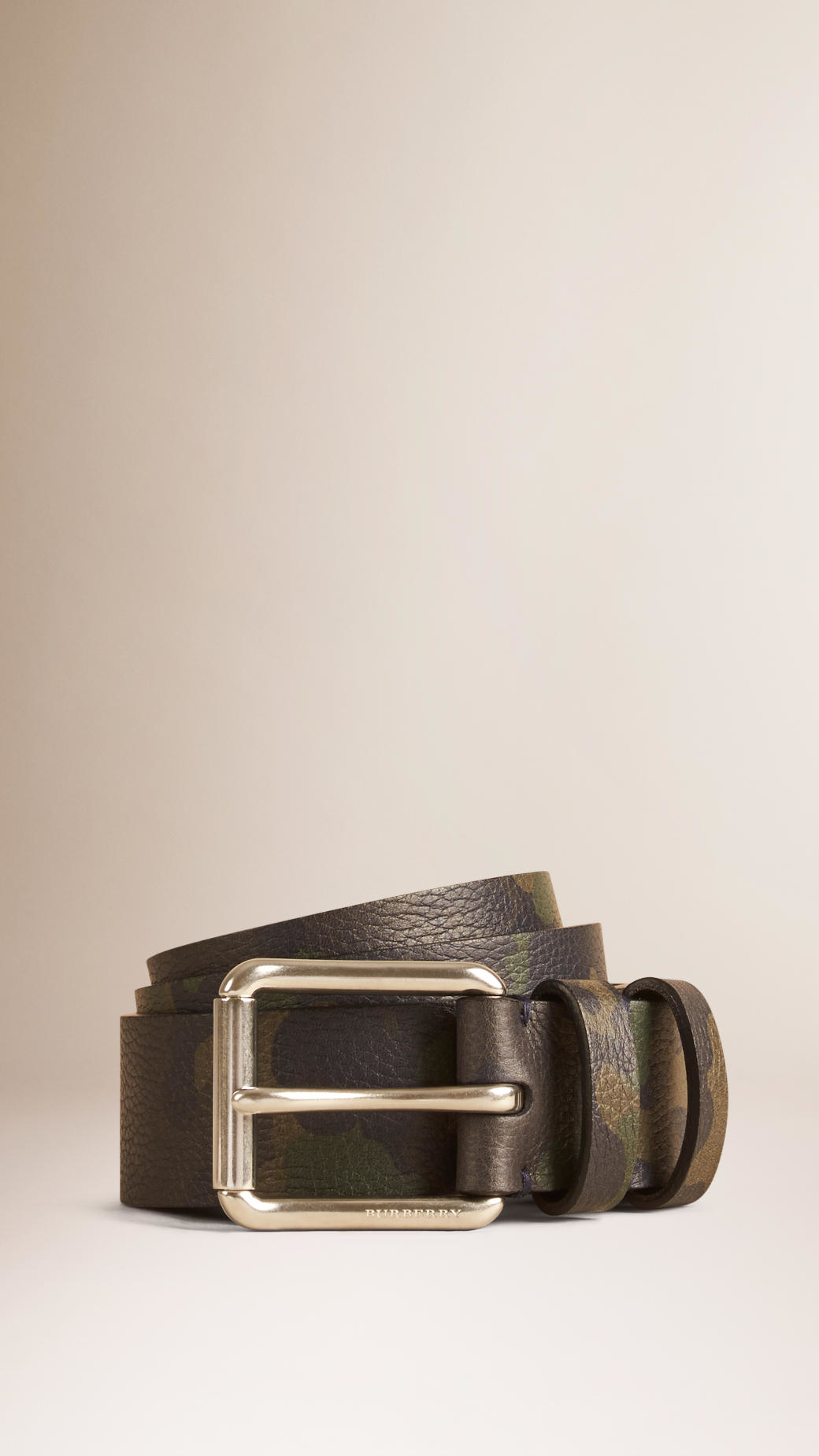 88d17a0902b ... shop burberry camouflage print grainy leather belt in green for men lyst  874bc d4eff