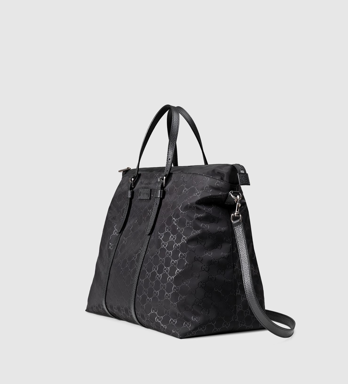 25a1ad72e0b Gucci Nylon Ssima Light Duffle Bag in Black - Lyst