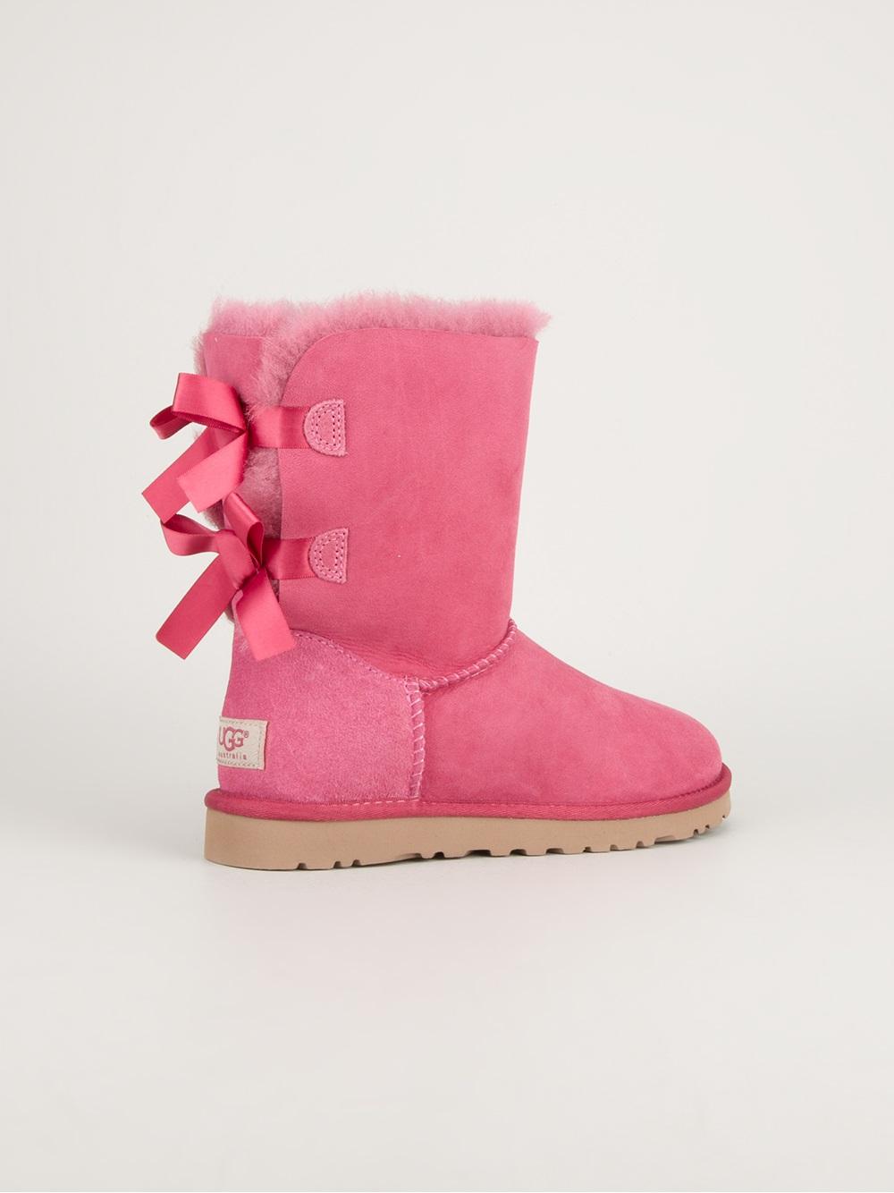 Austrailia nude in rubber boots heard Joselyn