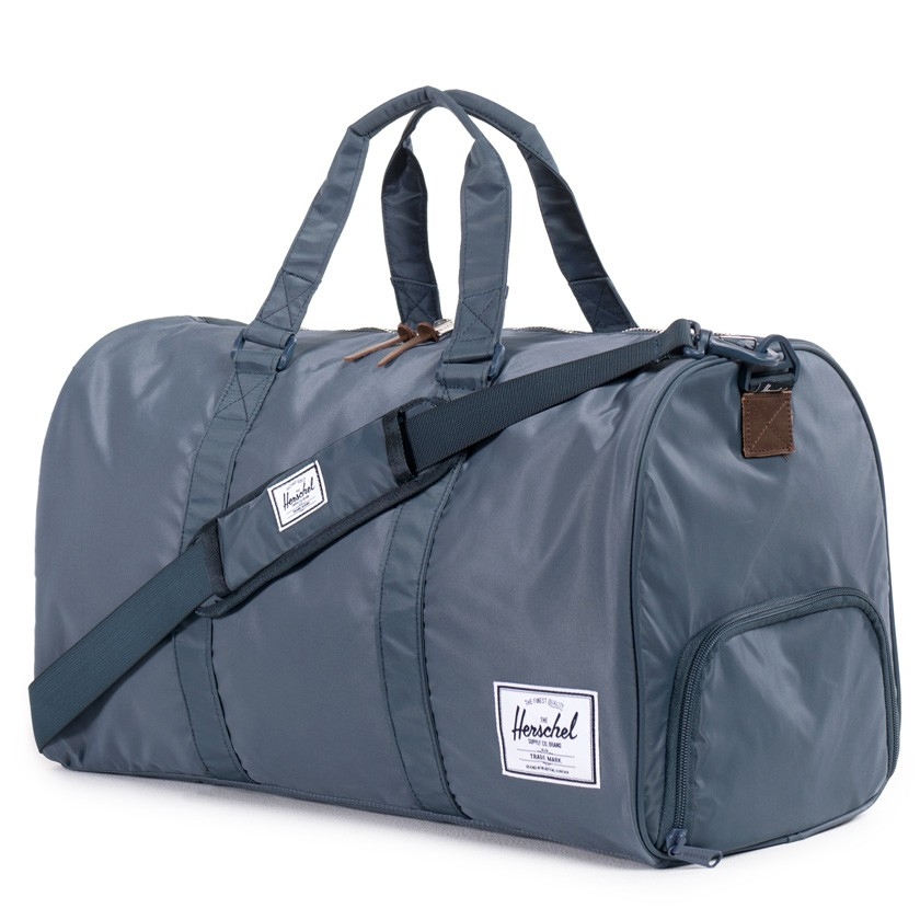 Gym Bag Herschel: Herschel Supply Co. Navy Nylon Novel Duffel Bag In Blue