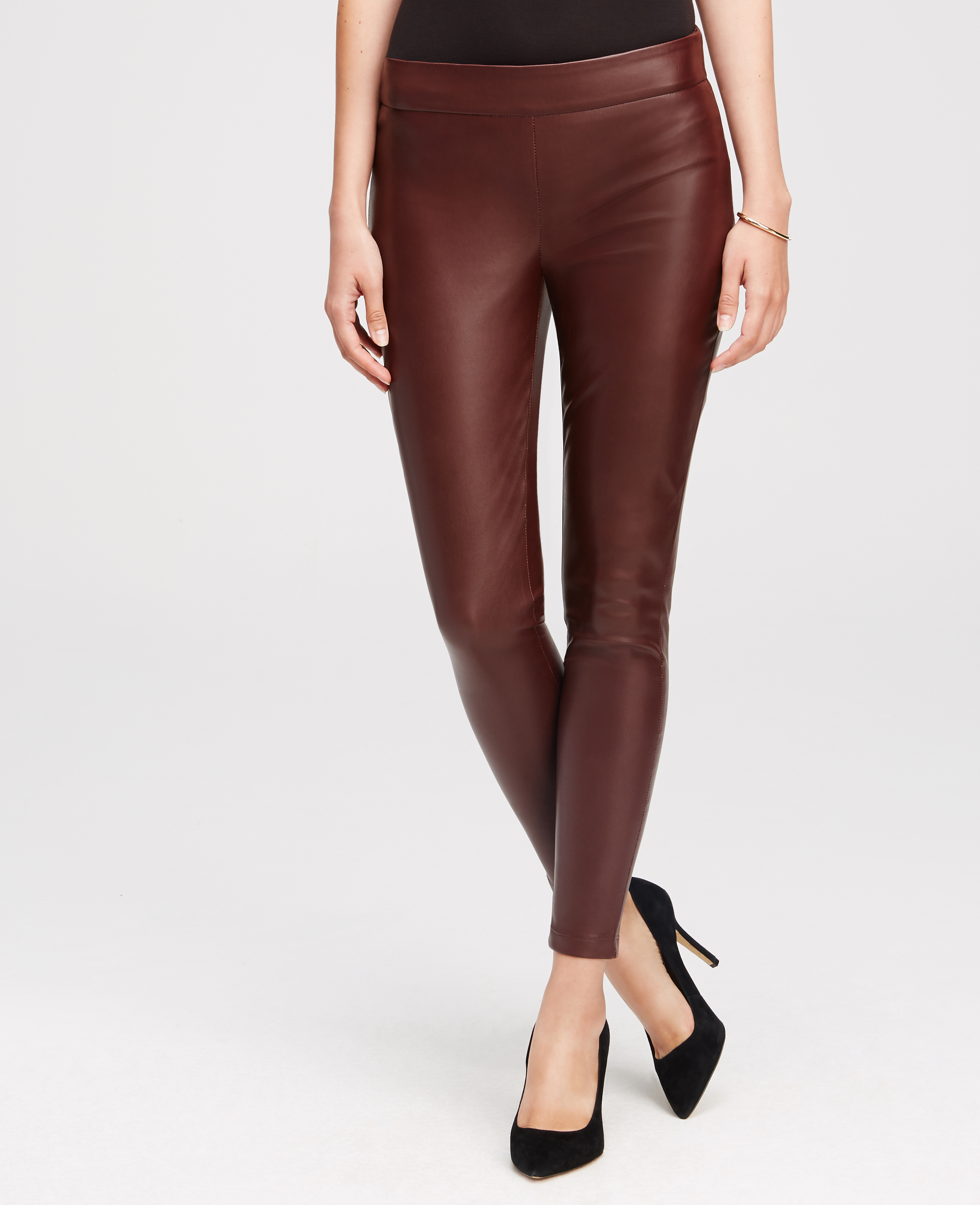 Faux Leather Leggings Are a Sexy Yet Refined Leg Fashion Choice. A pair of faux leather leggings gives you a genteel fashion look that only they can provide. With so many styles available, creating looks from fashion sexy to fashion refined and everything inbetween is easily possible.