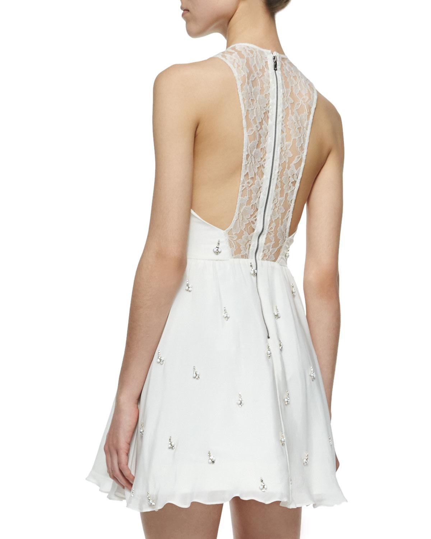 c9b035e27fe Lyst - Alice + Olivia Gilda Embellished Lace-back Dress in White