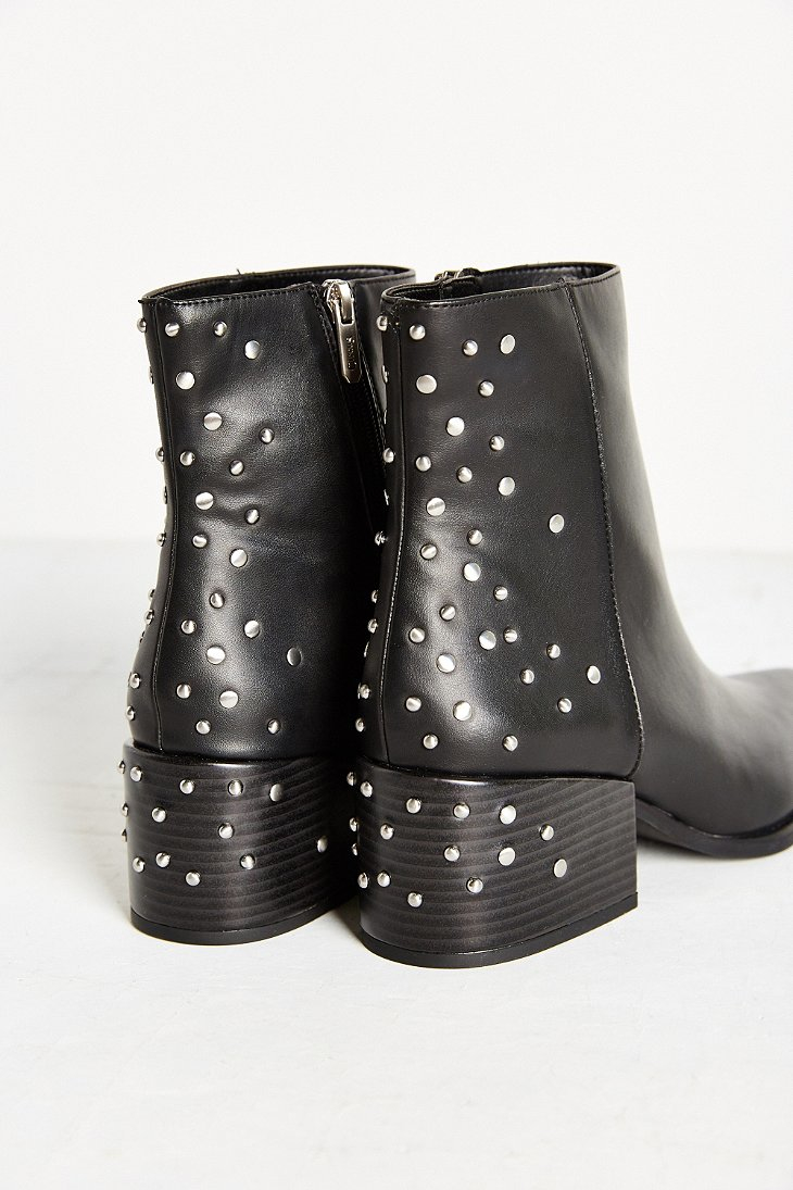 90bbbc434 Lyst - Circus by Sam Edelman Rae Studded Boot in Black
