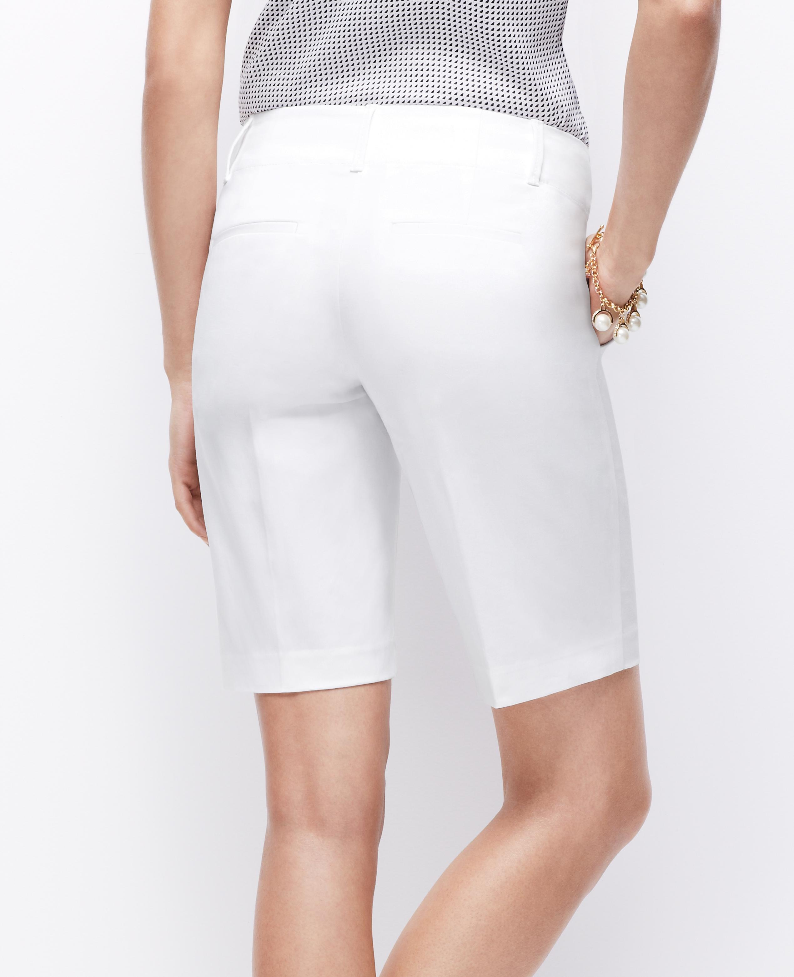 Ann taylor Petite Cotton Walking Shorts in White | Lyst