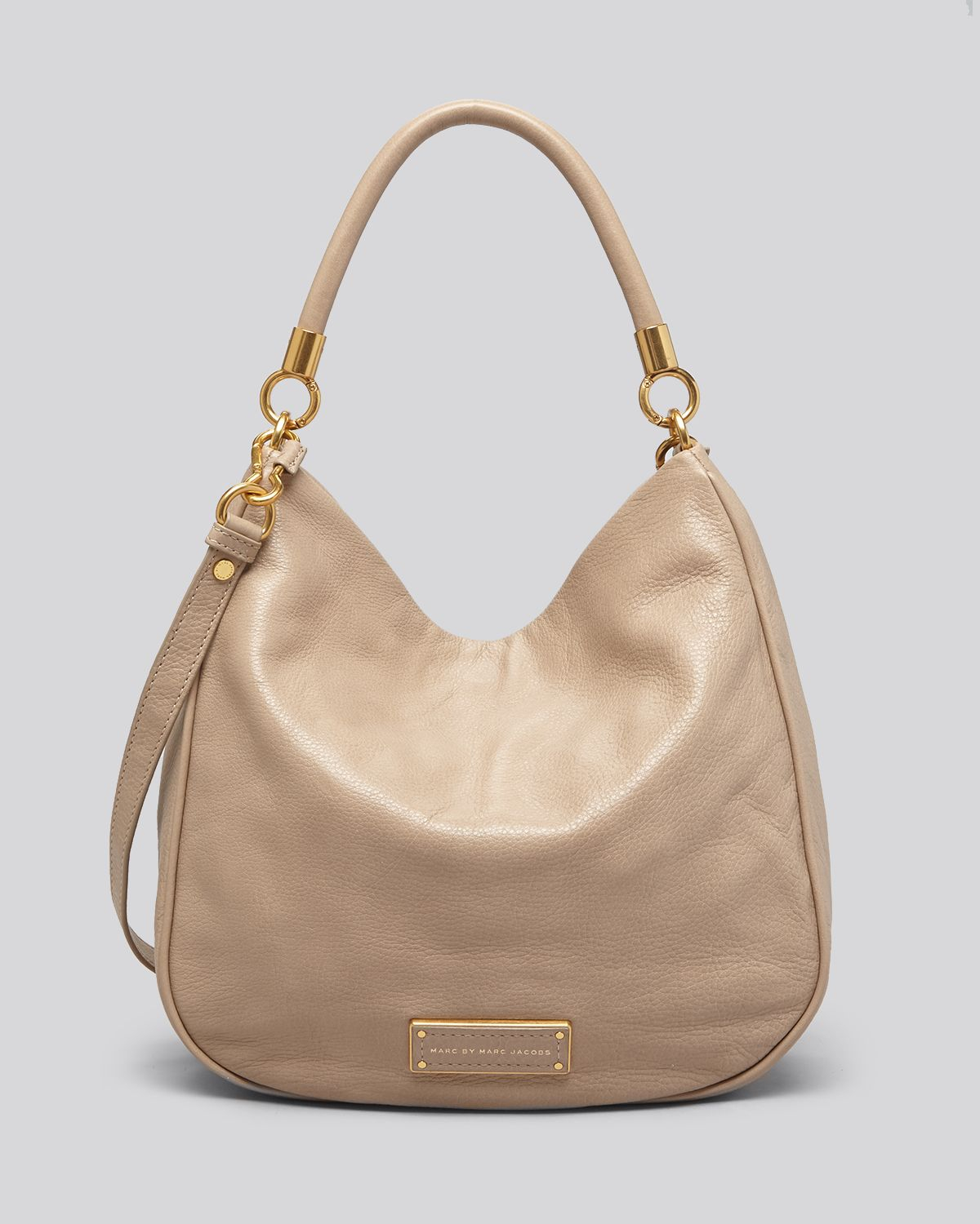 marc by marc jacobs hobo too hot to handle in beige tracker tan lyst. Black Bedroom Furniture Sets. Home Design Ideas