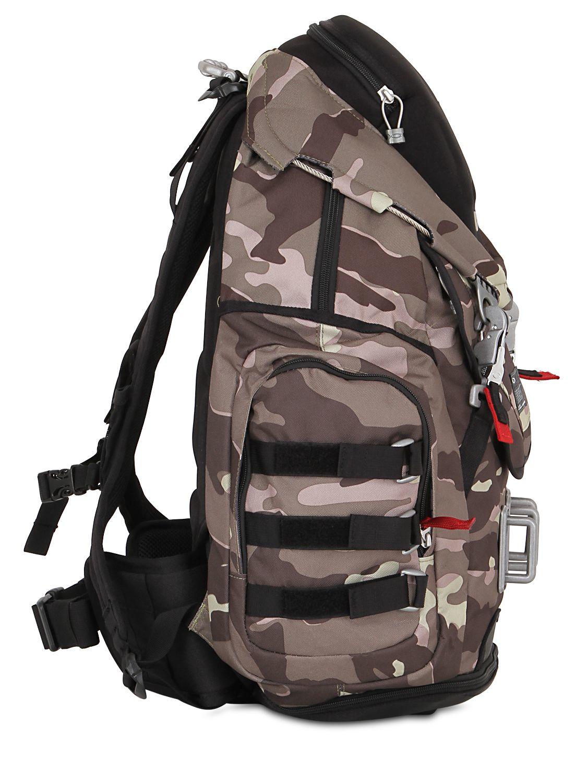 Oakley 34l Kitchen Sink Camo Backpack In Gray For Men Lyst