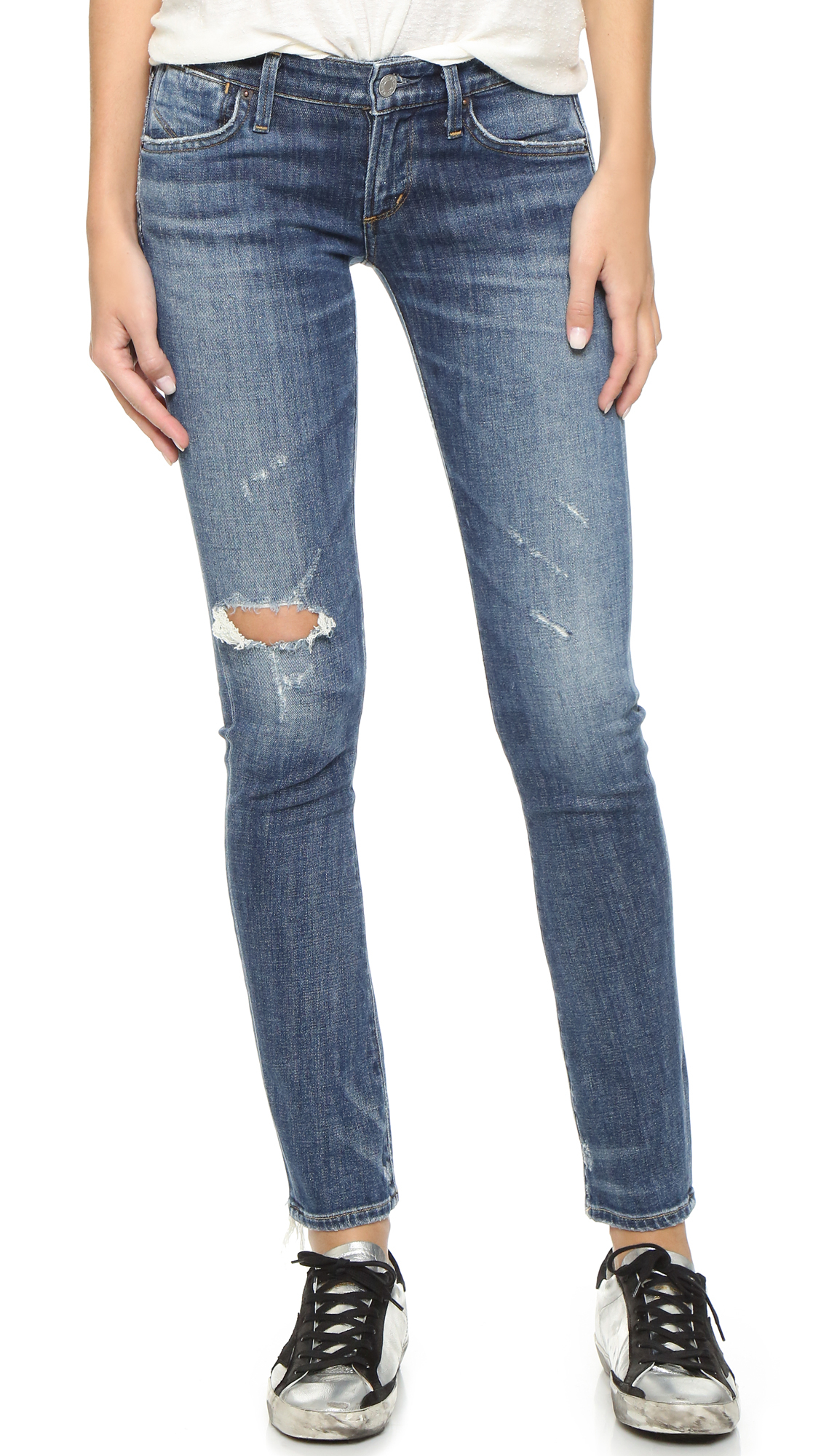 Your trendy fashion finds are at New York & Company. Shop skinny jeans for women from petite, tall, cropped and more skinny jeans.