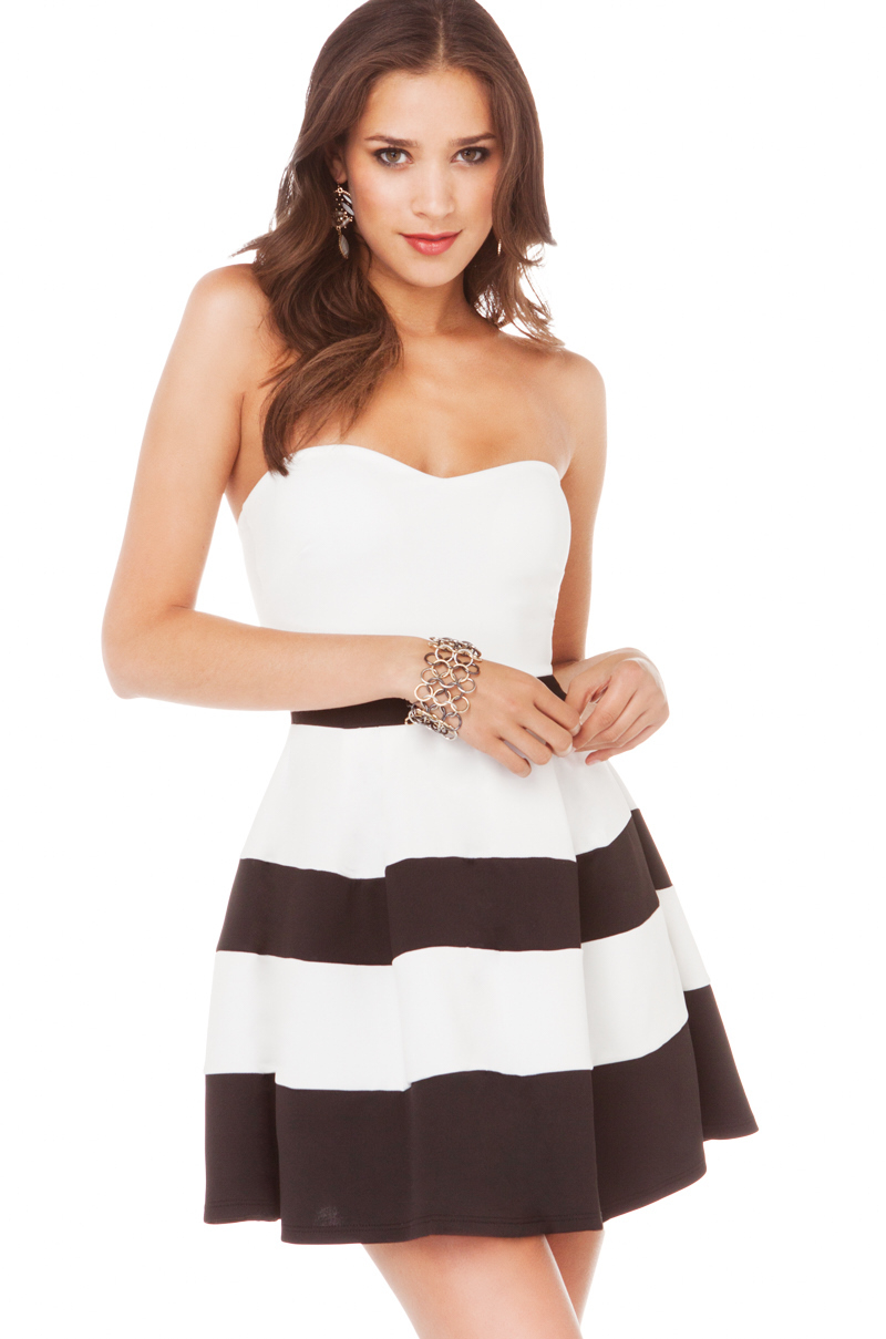 Akira Striped Pleated Strapless Dress in White Black in White  Lyst