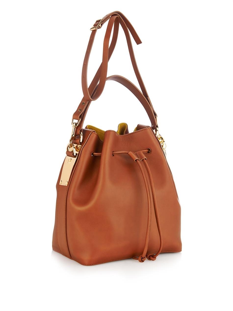 Sophie hulme Drawstring-Top Leather Bucket Bag in Brown   Lyst
