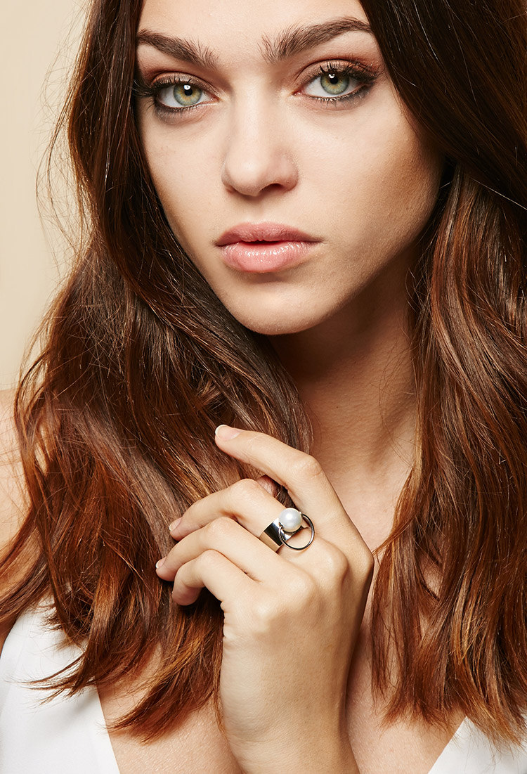 Forever 21 Amber Sceats Faux Pearl Bull Ring in Silver ...