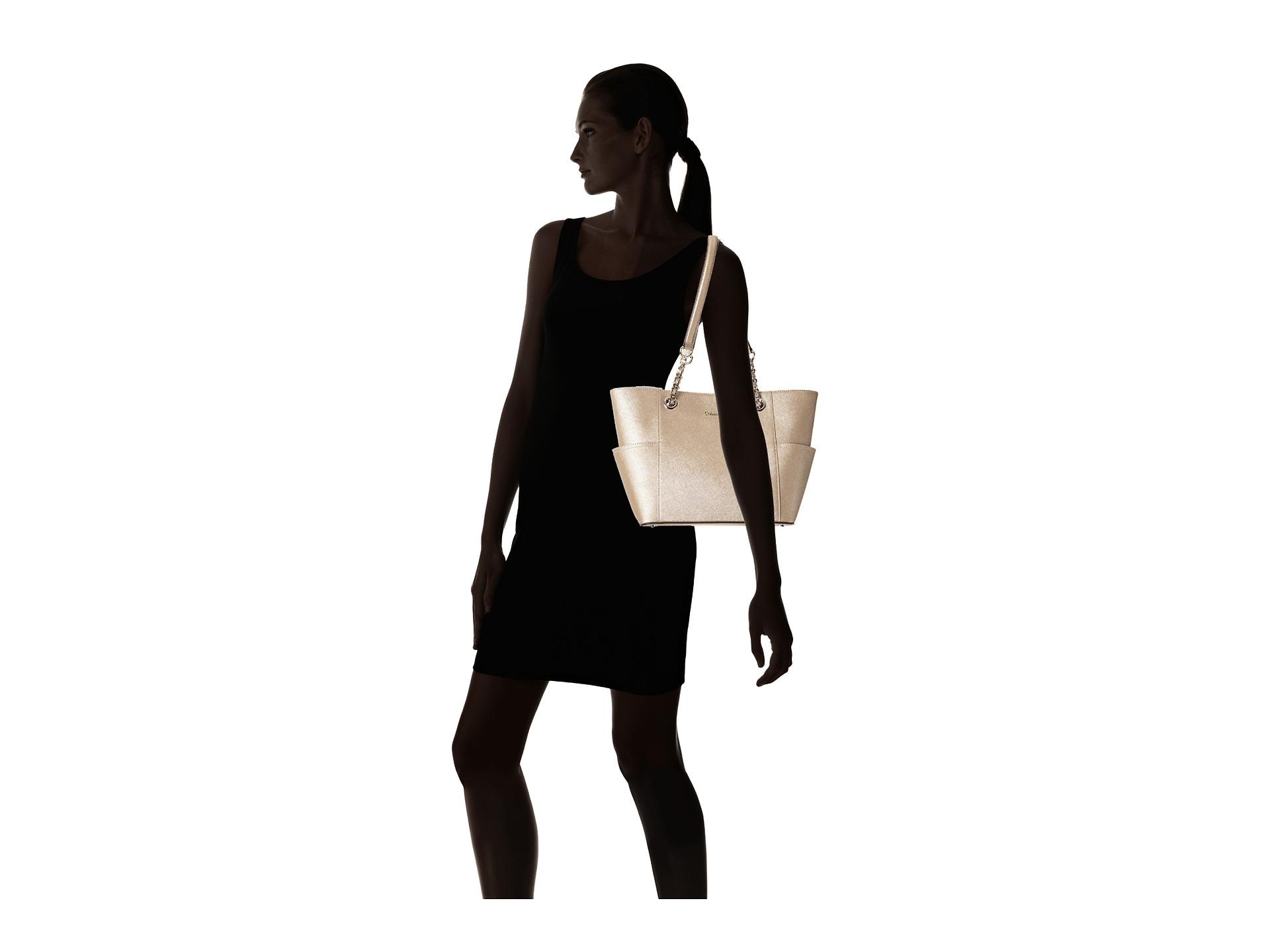 fda199d28e3 Calvin Klein Key Item Saffiano Leather Tote in Metallic - Lyst
